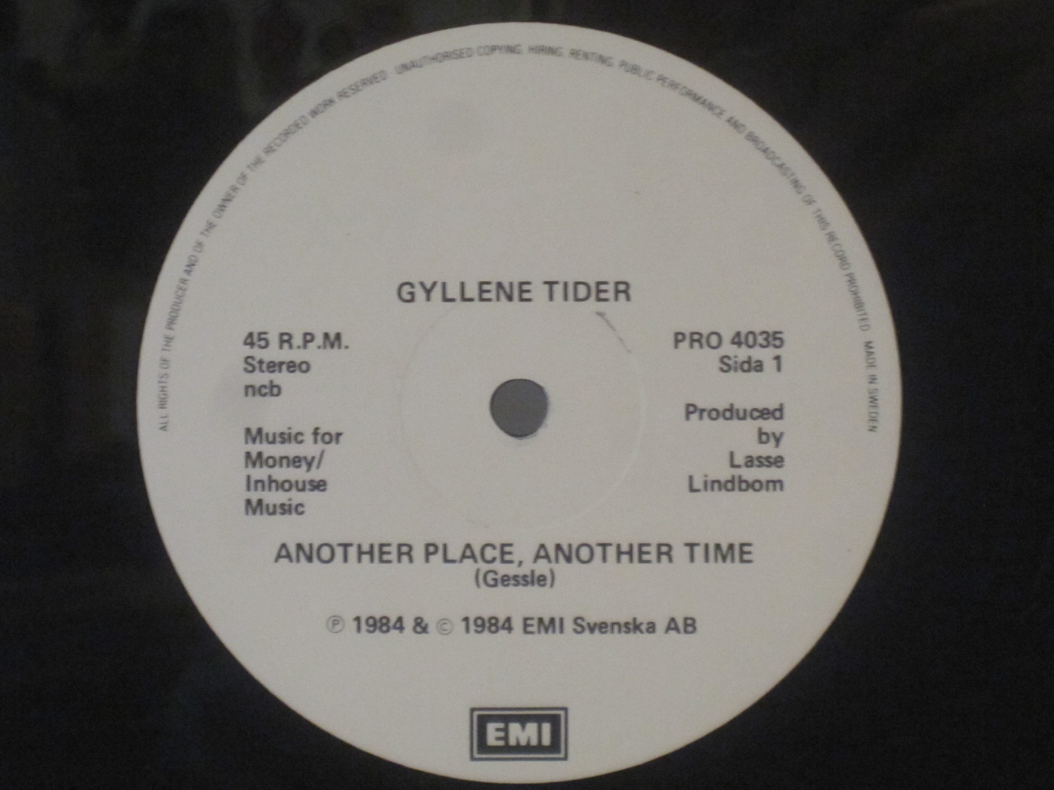 GYLLENE TIDER : Another place, another time / Break another heart