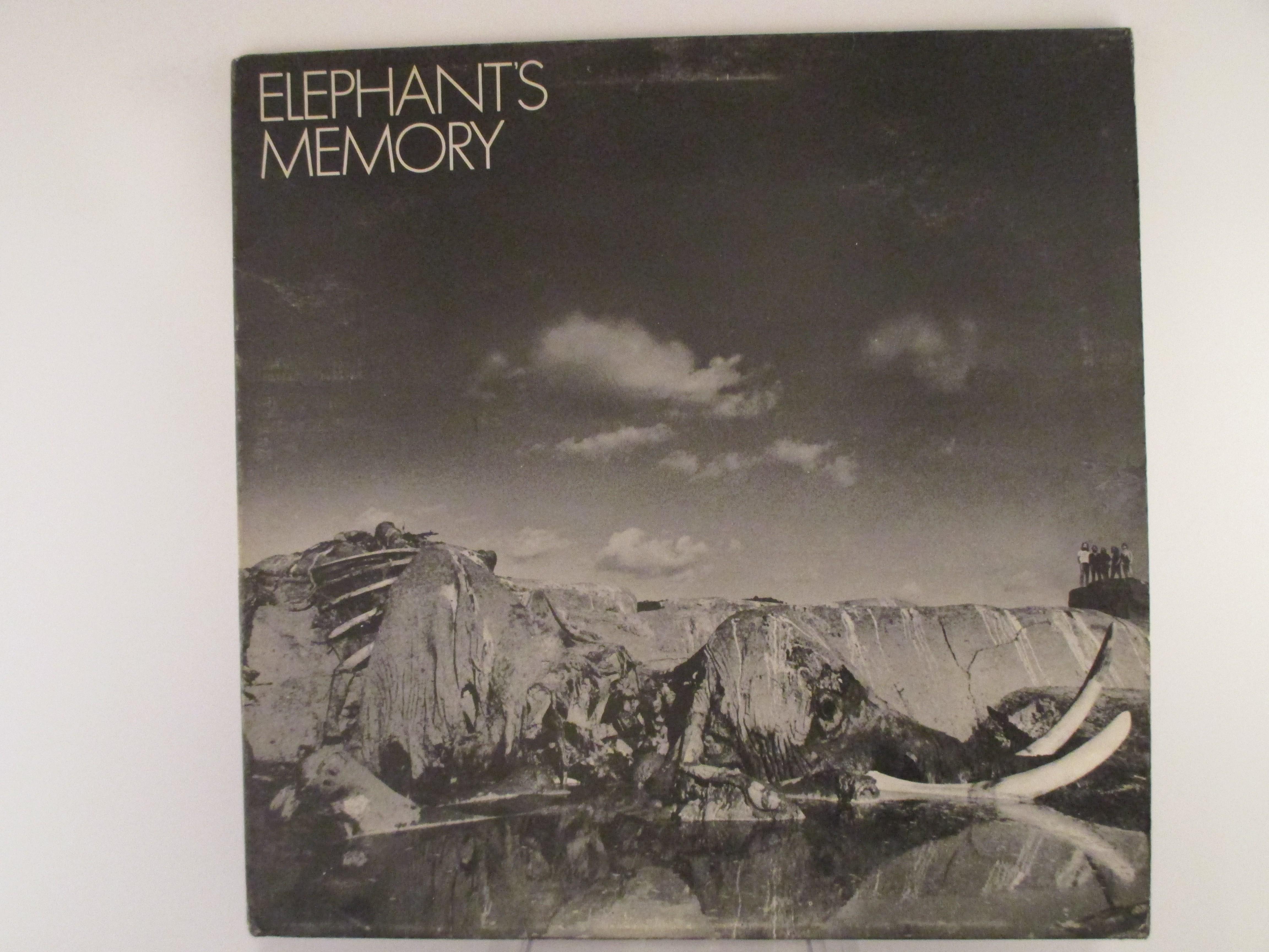 "ELEPHANT'S MEMORY : ""Elephant's memory"""