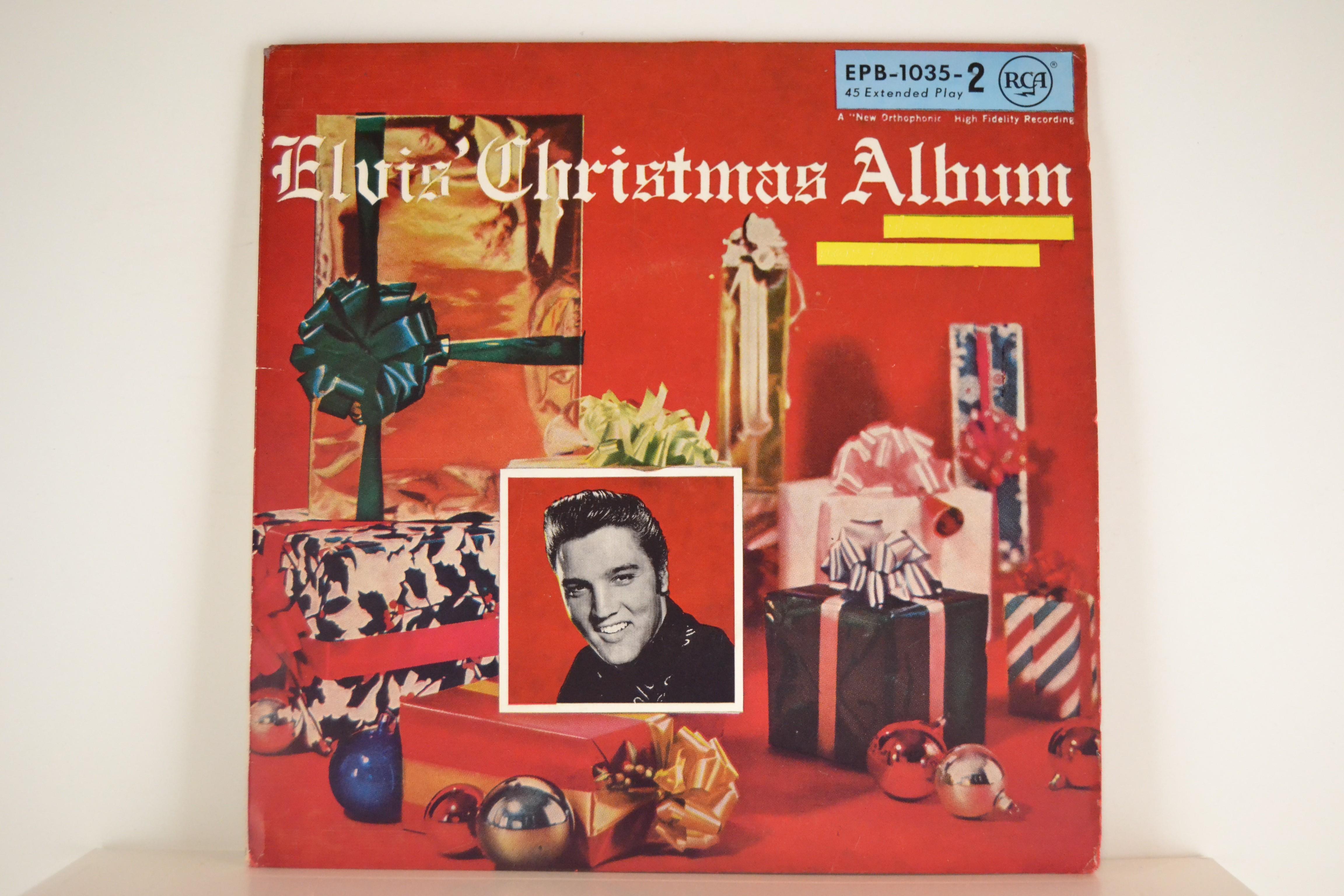 "ELVIS PRESLEY : (EP) ""Elvis' Christmas Album Vol.2"" : Blue Christmas / Santa bring my baby back / Silent night / Oh little town of Bethlehem"