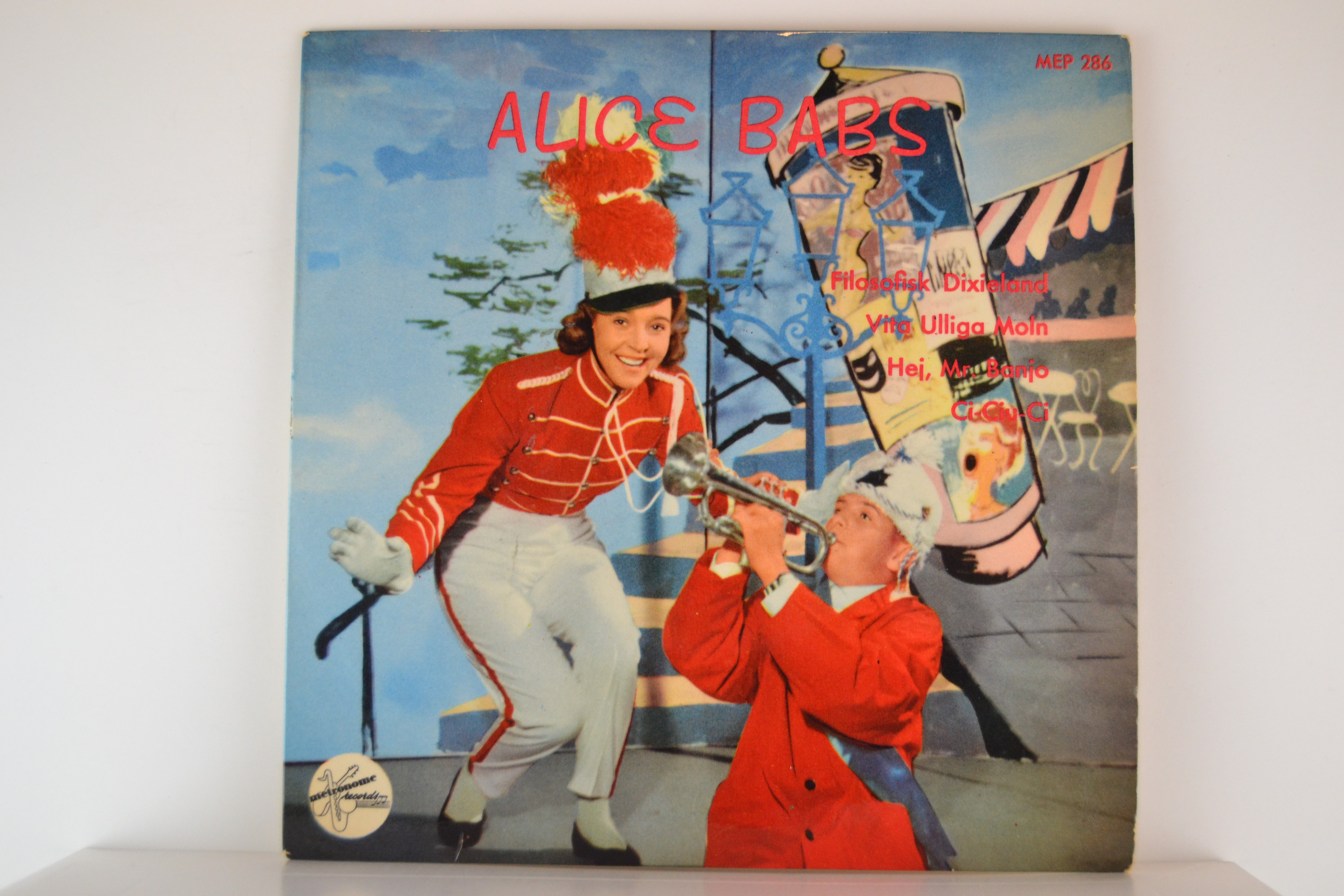 ALICE BABS : (EP) Filosofisk Dixieland / Vita ulliga moln / Hej Mr. Banjo / Ci-ciu-ci