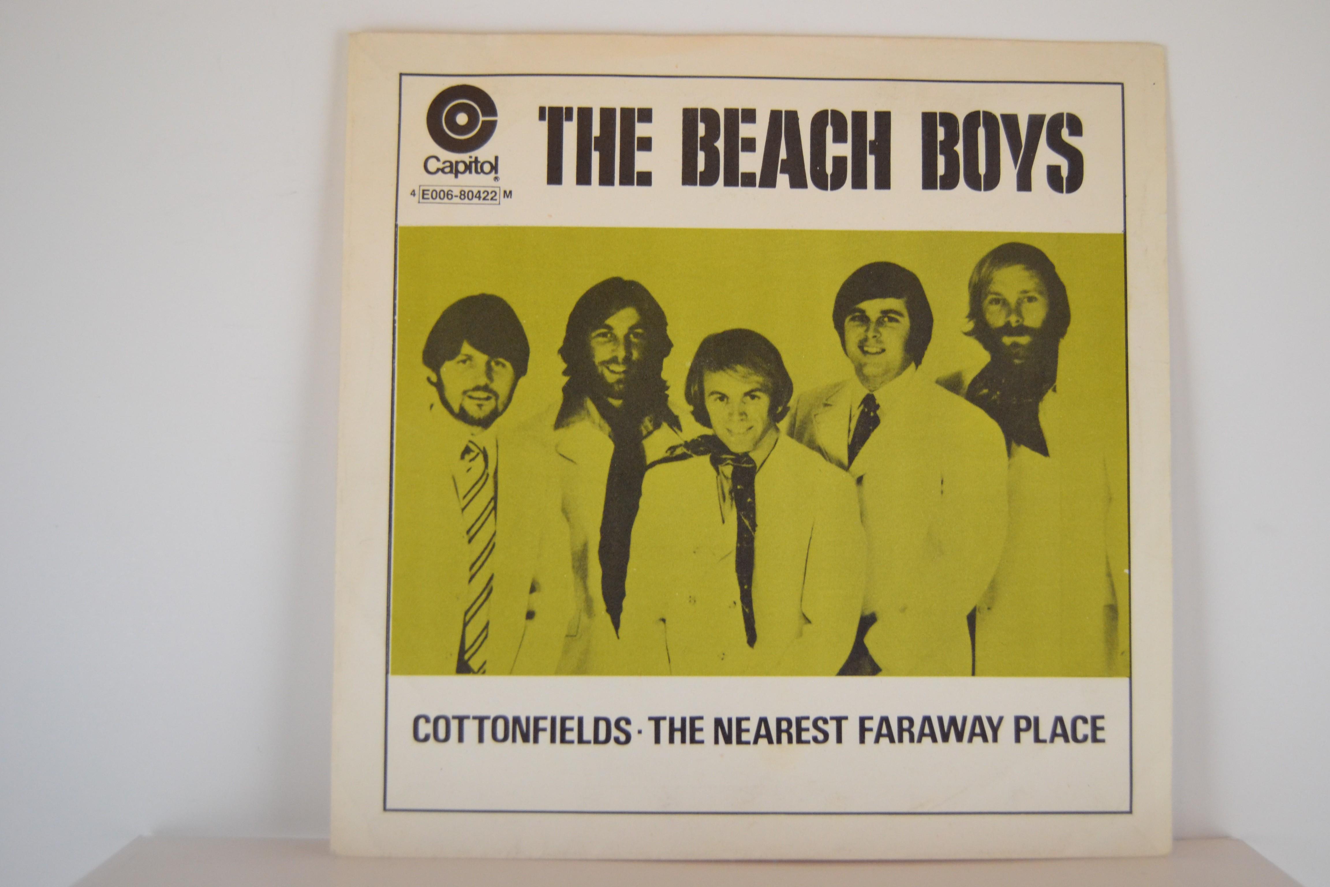 BEACH BOYS : Cottonfields / The nearest faraway place