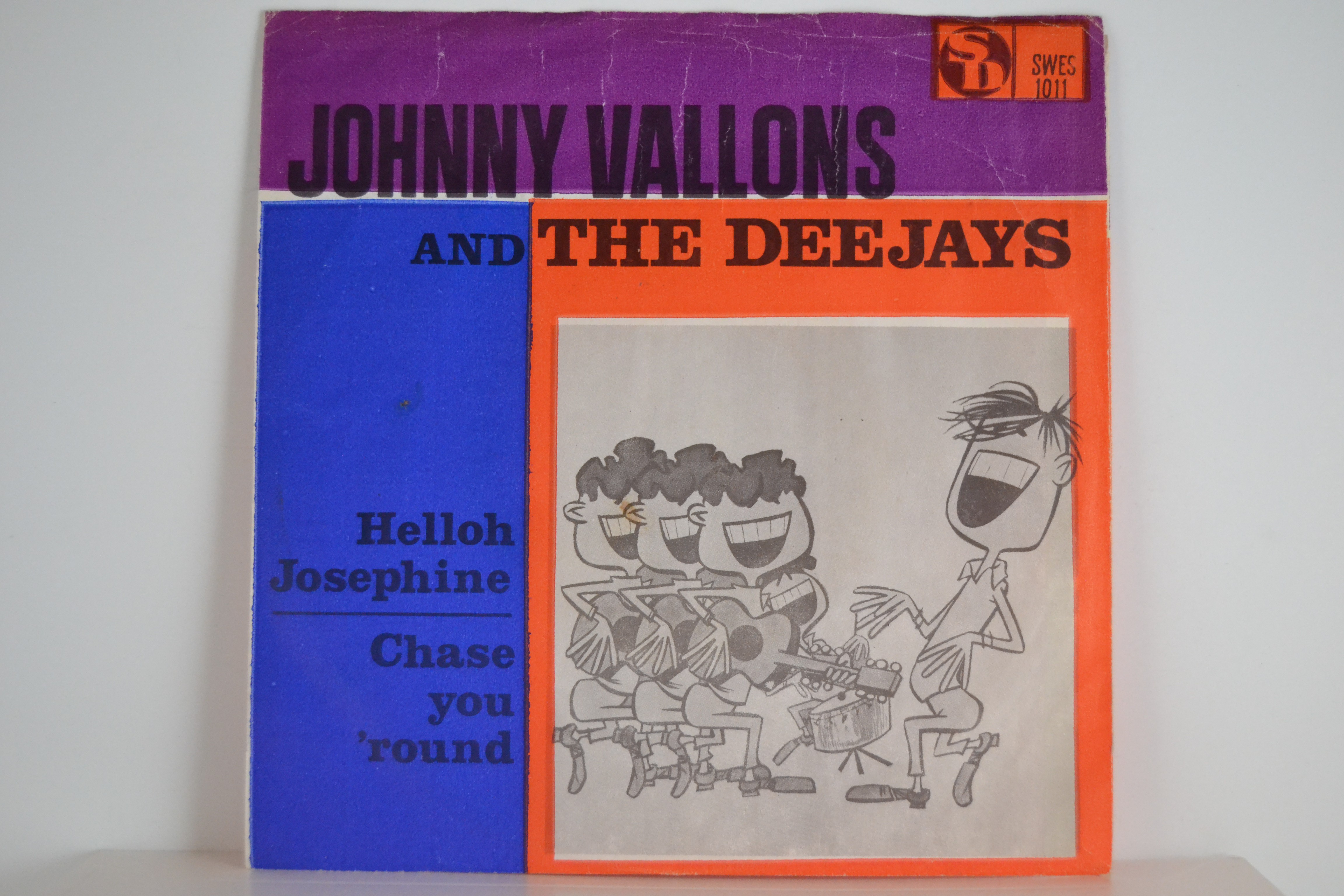 DEEJAYS : Hello Josephine / Chase you 'round