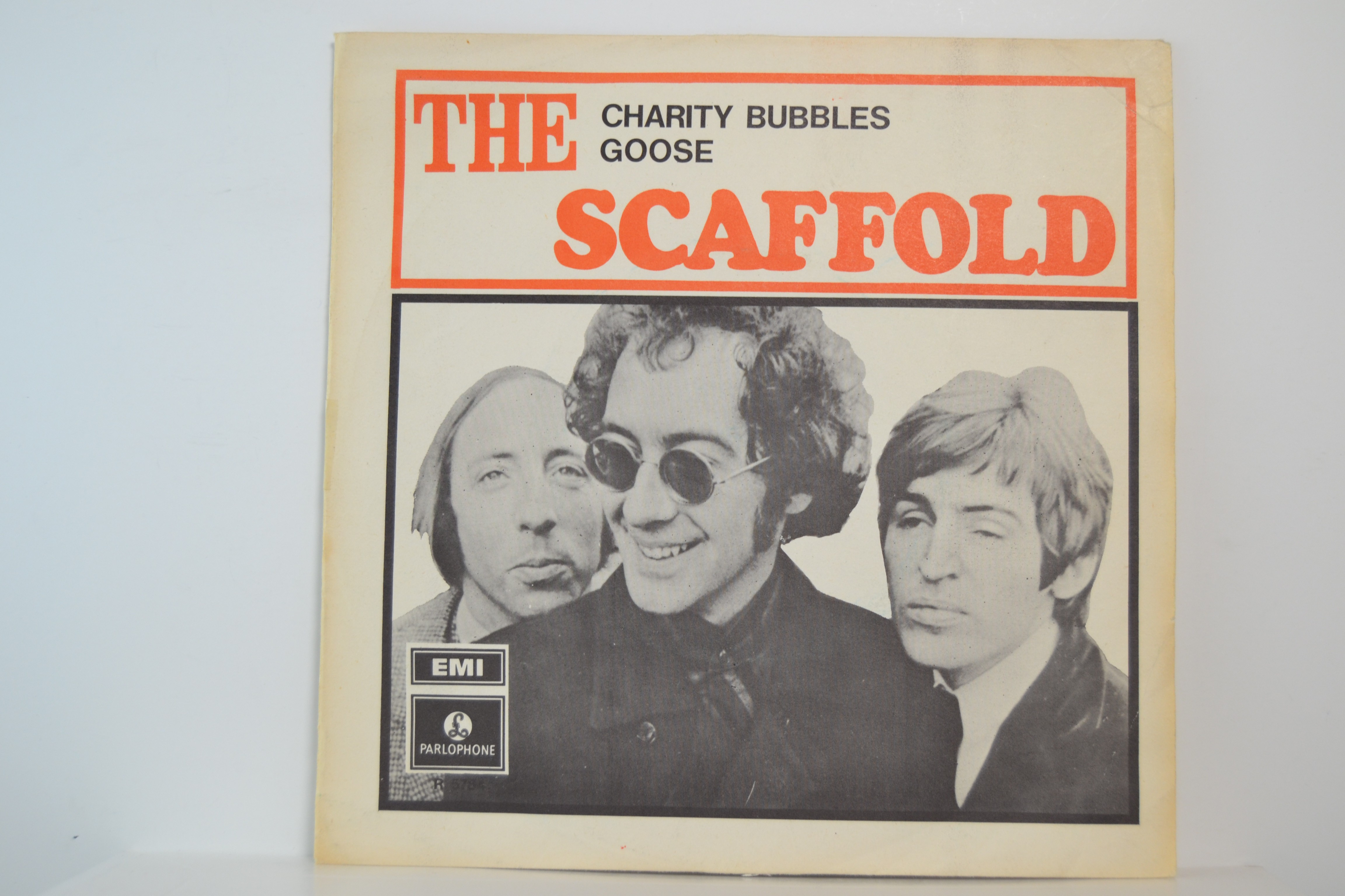 SCAFFOLD : Charity bubbles / Goose