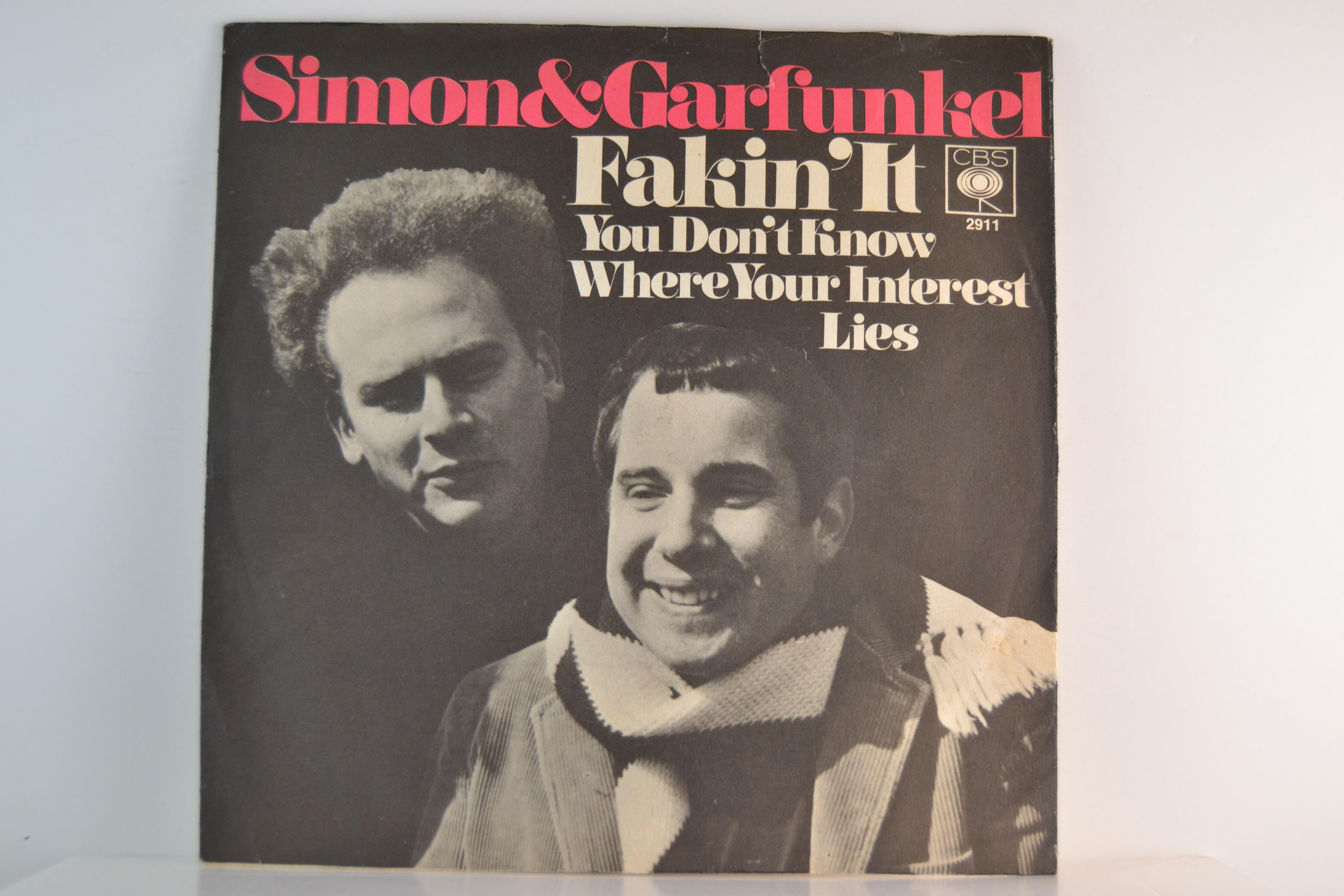 SIMON & GARFUNKEL : Fakin' it / You don't know where your interest lies
