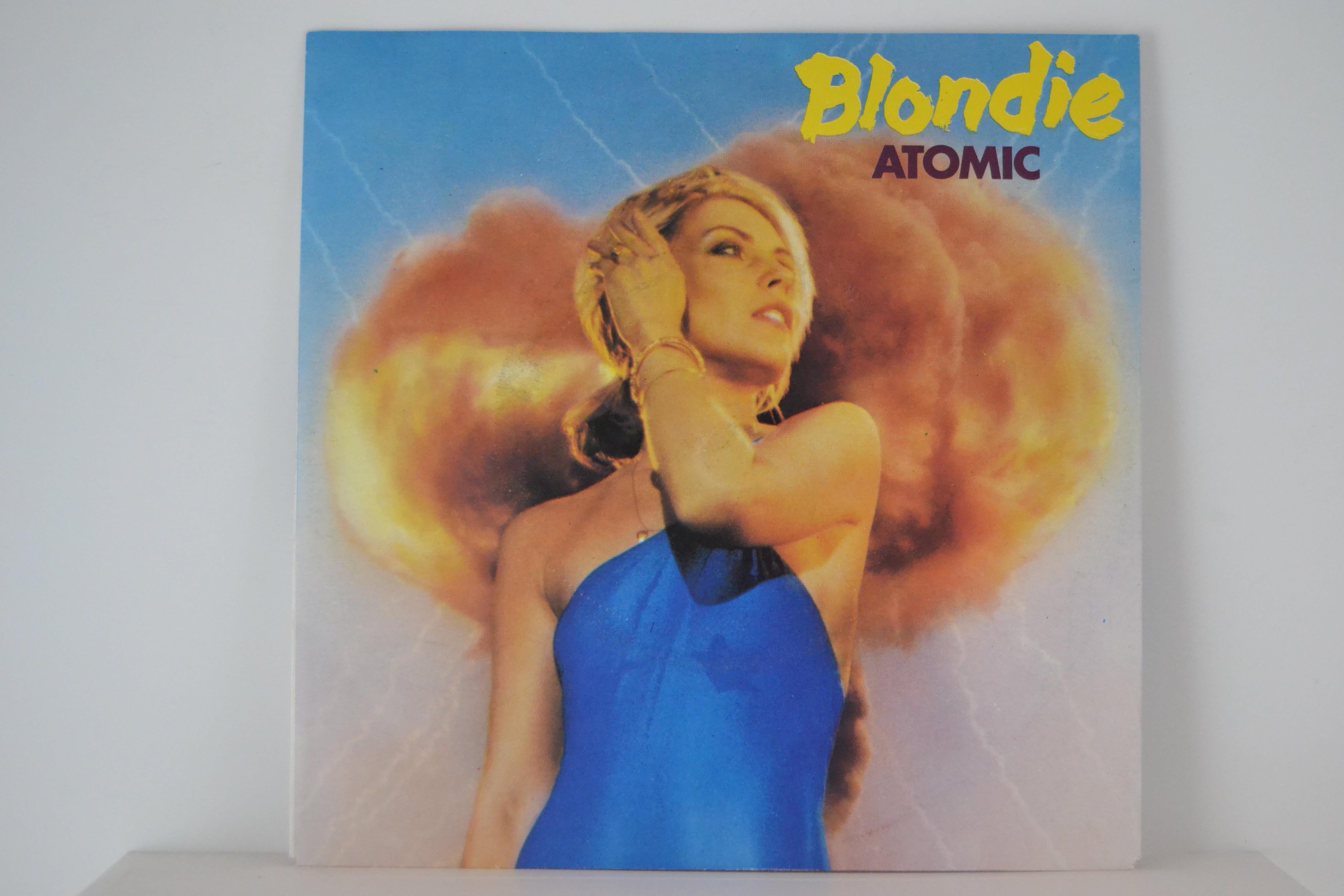 BLONDIE : Atomic / Die young stay pretty