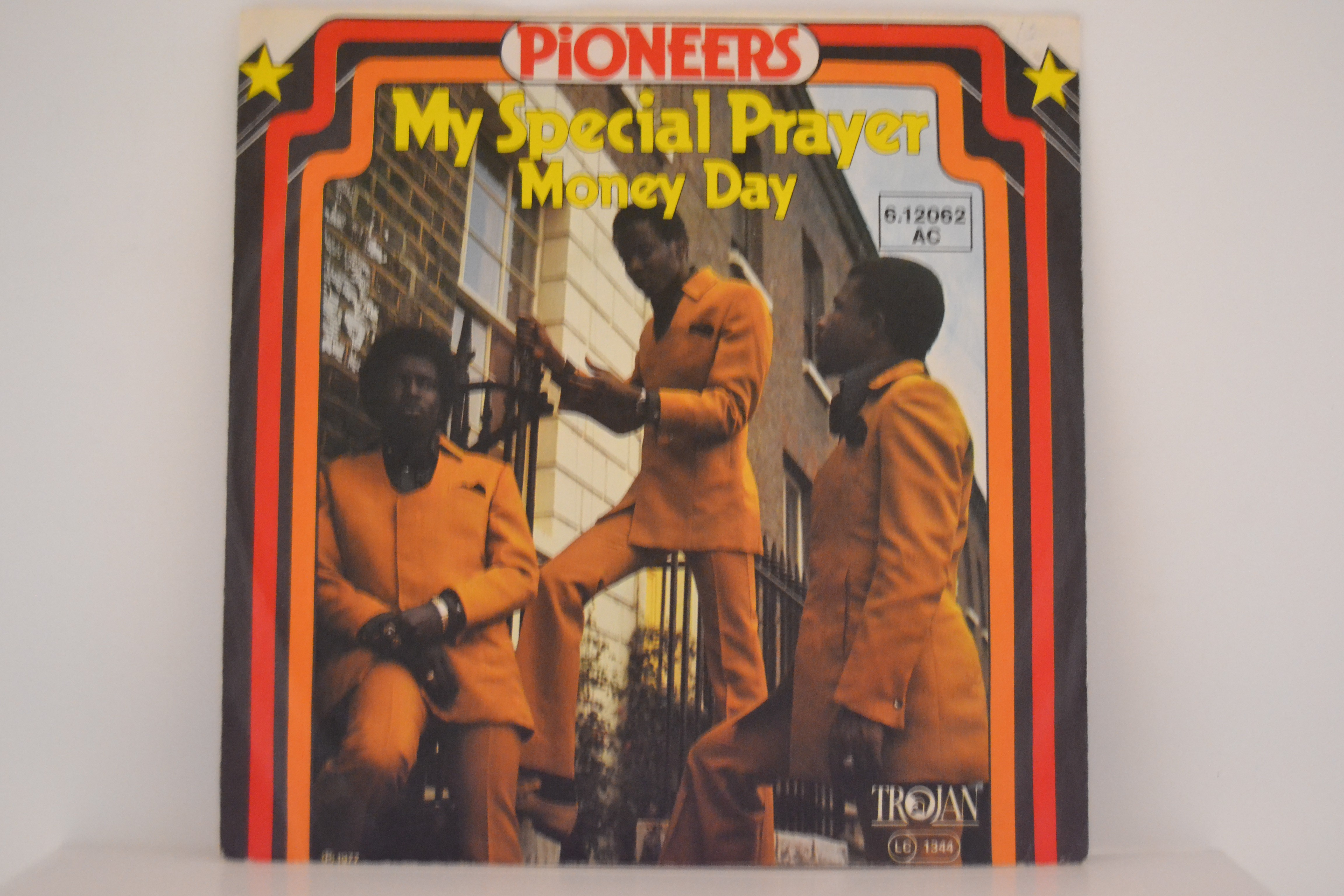 PIONEERS : My special prayer / Money day