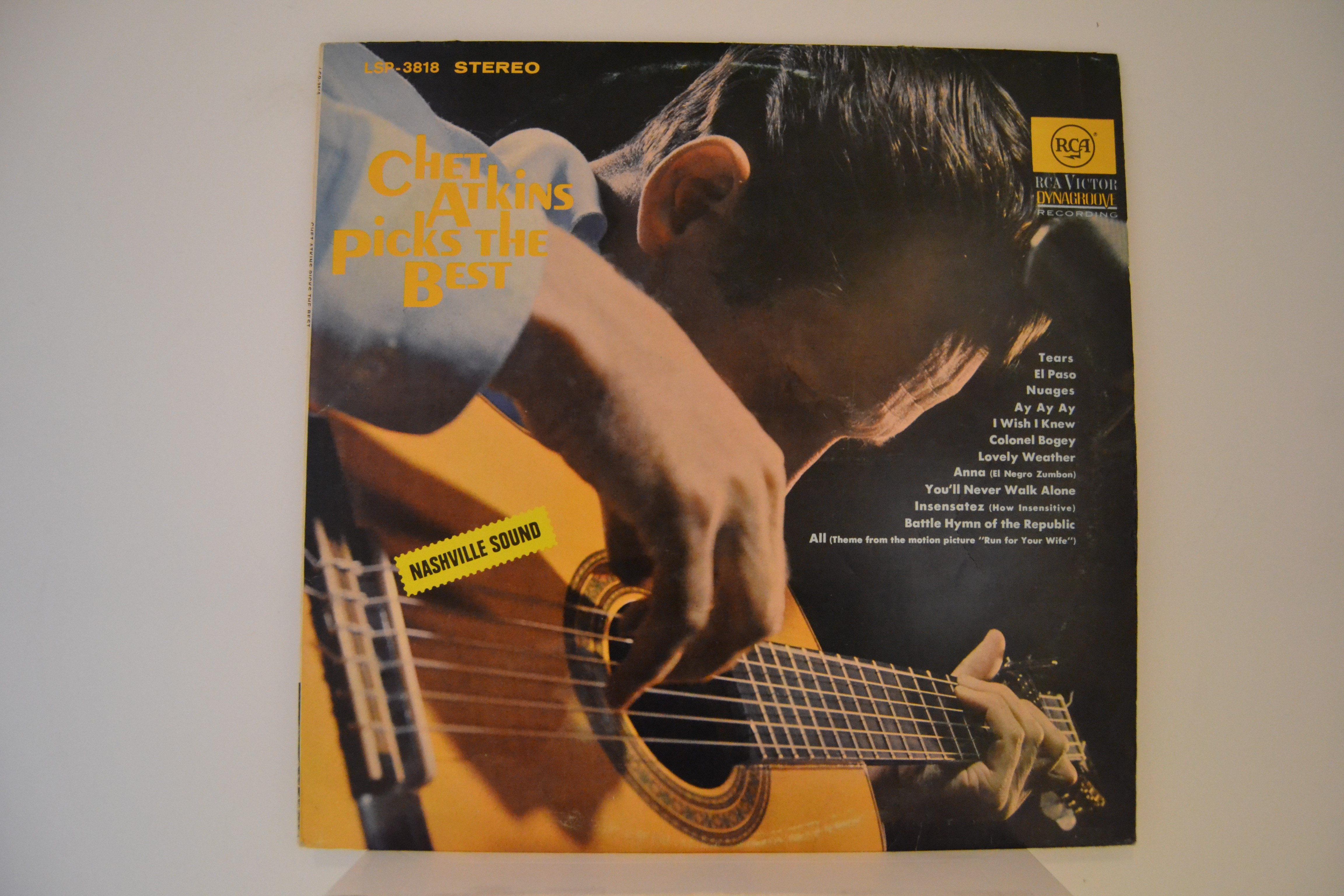 "CHET ATKINS : ""Chet Atkins picks the best"""