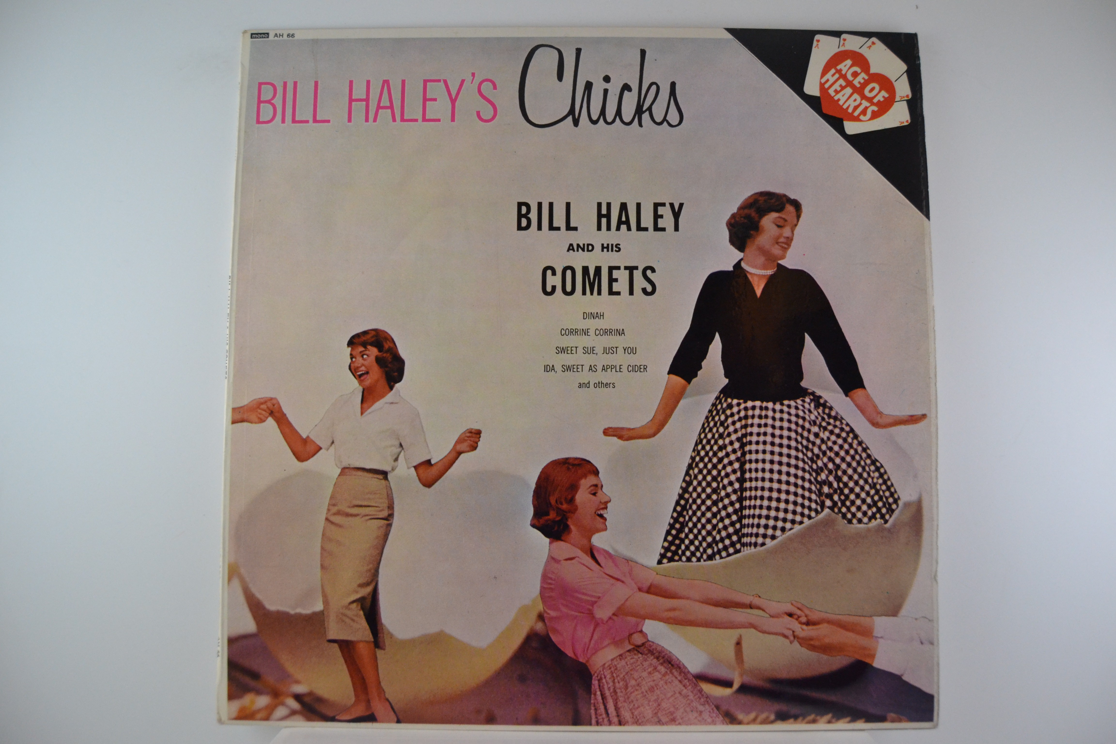 "BILL HALEY & COMETS : ""Bill Haley's chicks"""