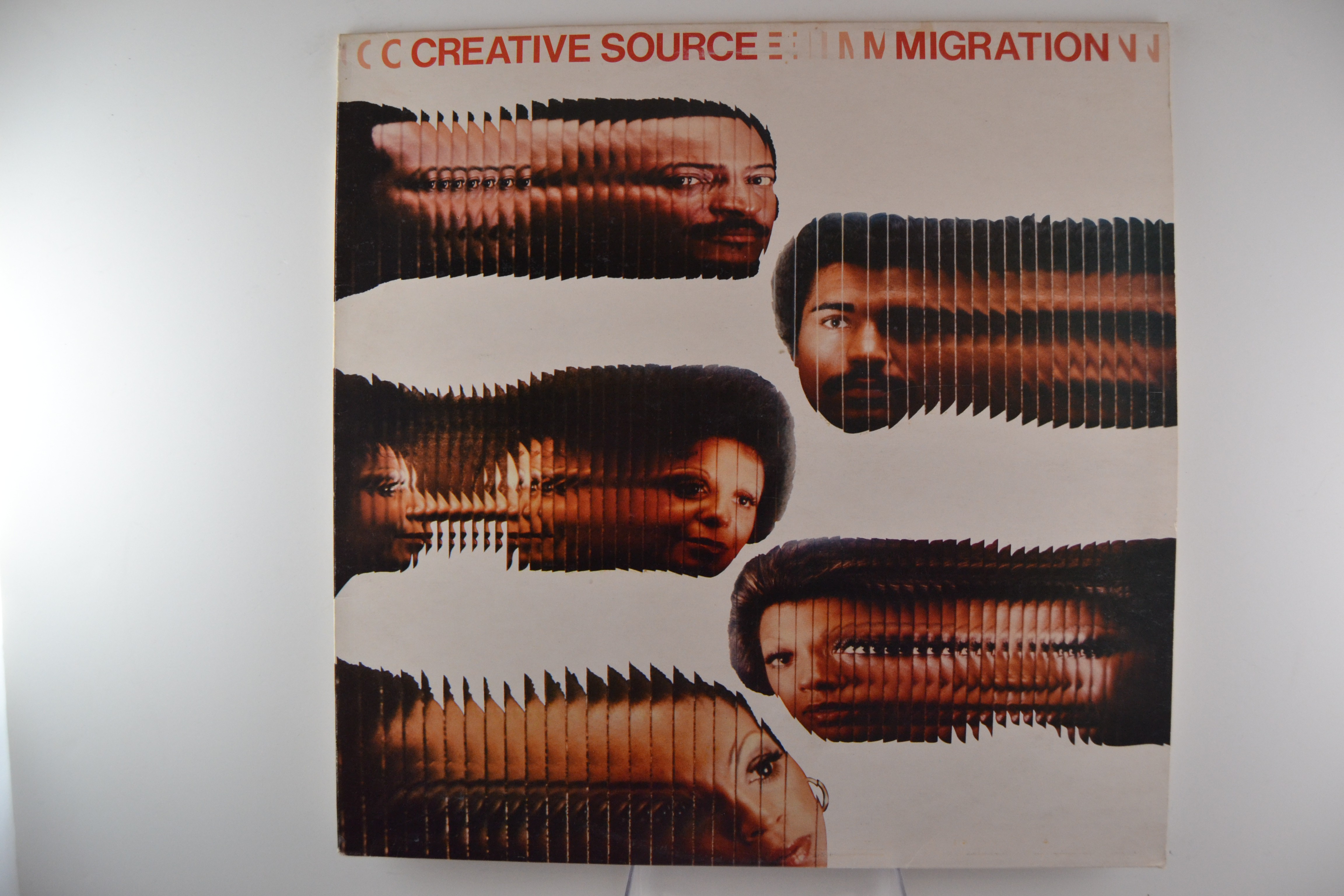 "CREATIVE SOURCE : ""Migration"""