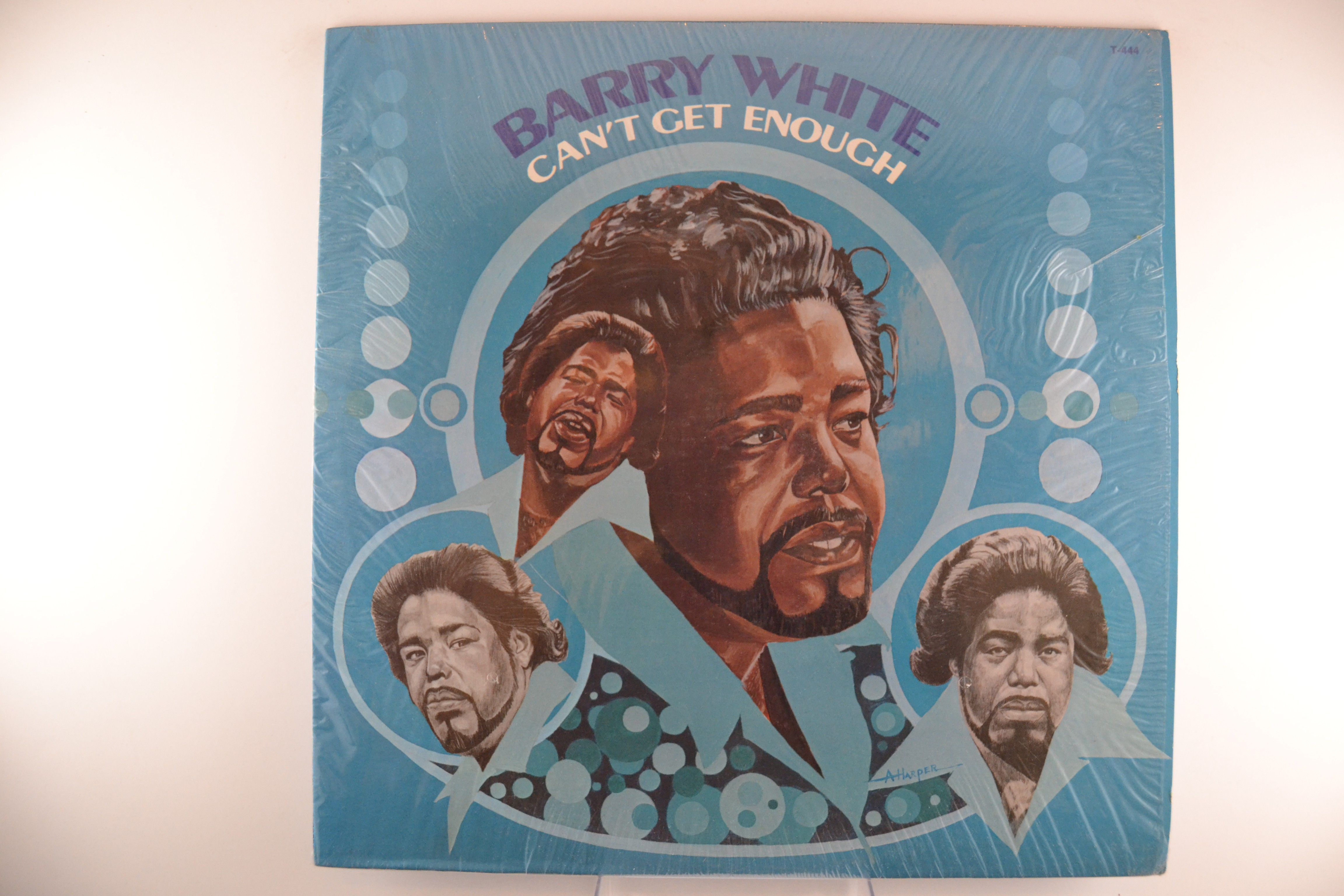 "BARRY WHITE : ""Can't get enough"""