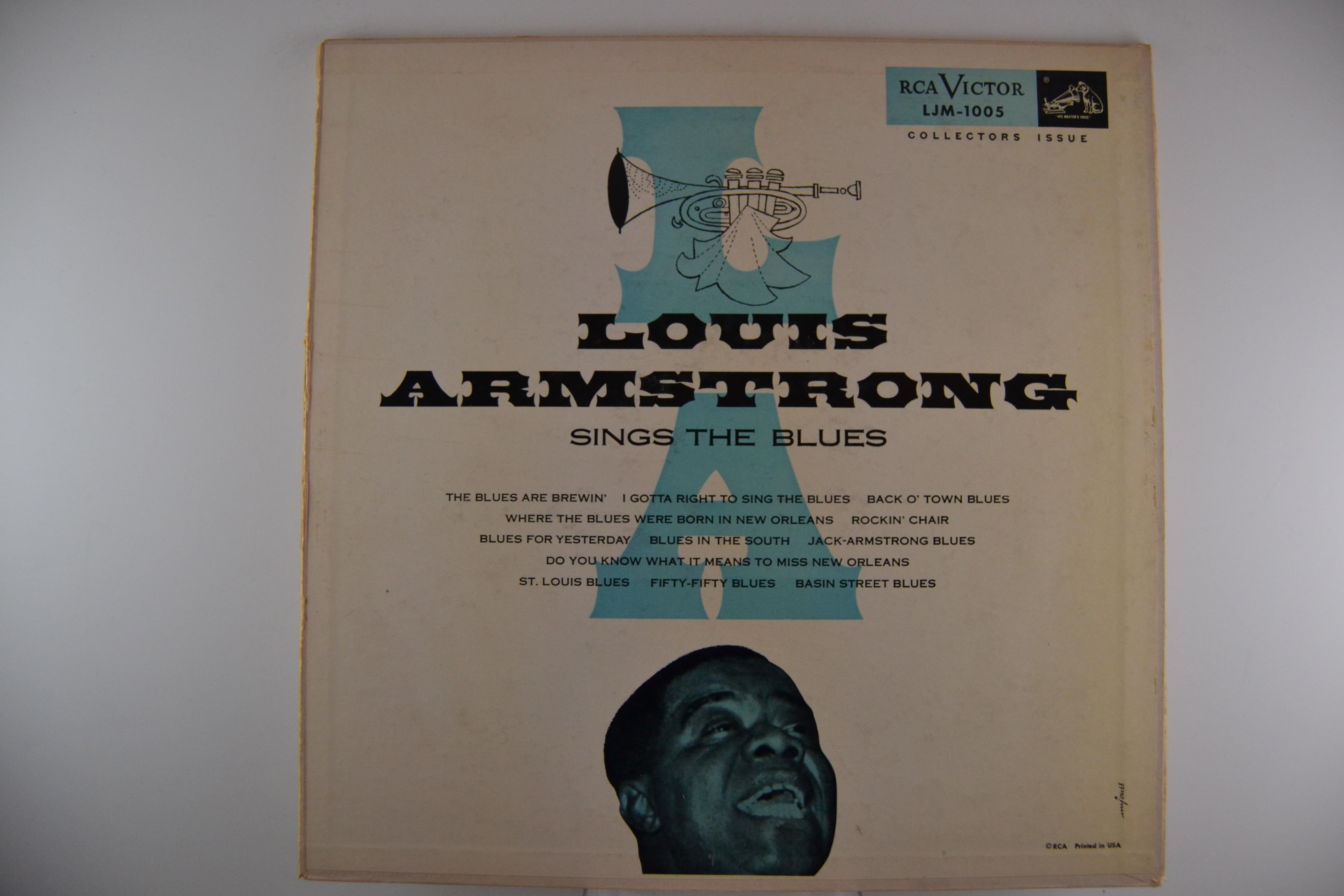 "LOUIS ARMSTRONG : ""Louis Armstrong sings the Blues"""