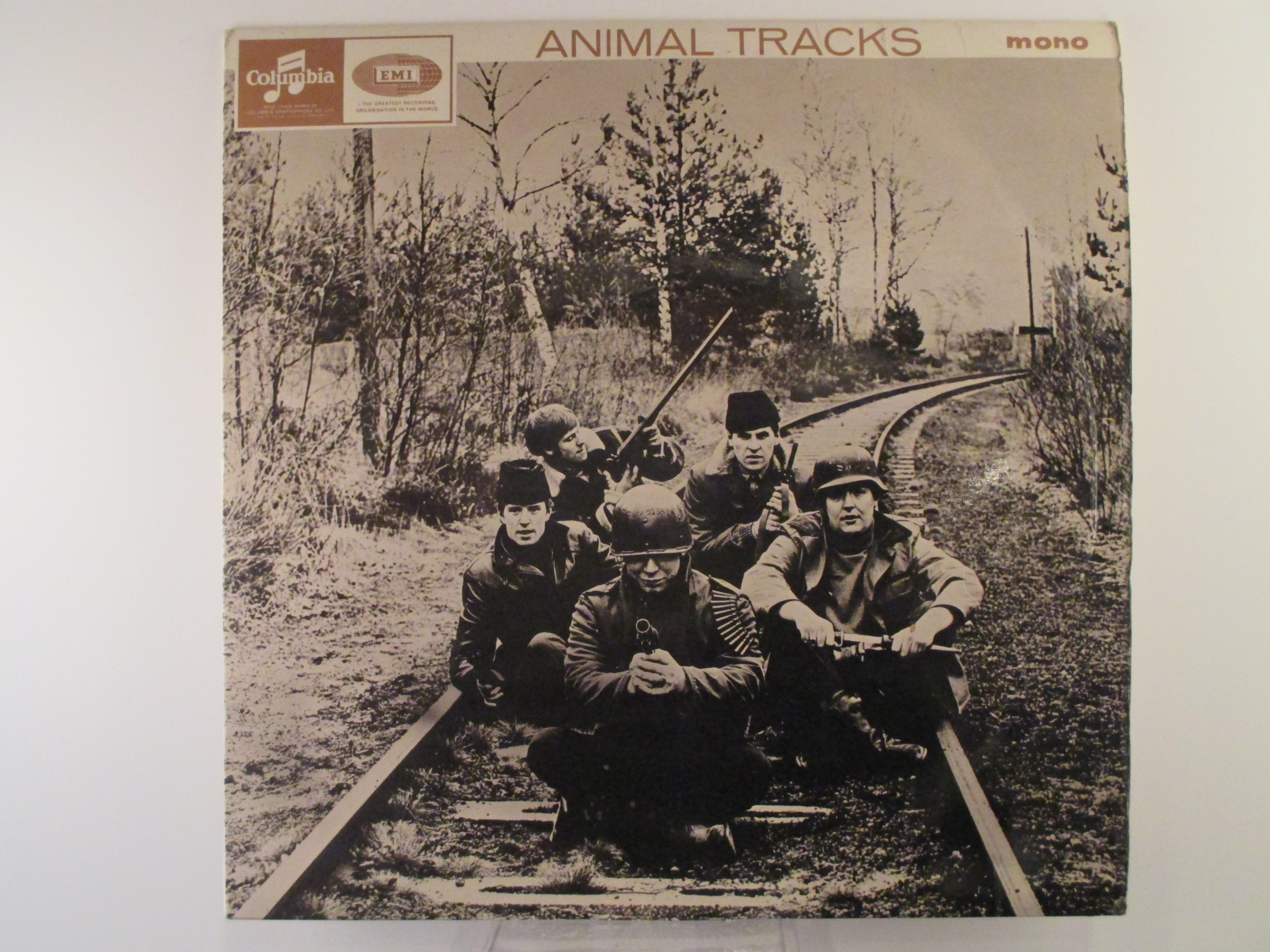"ANIMALS : ""Animal tracks"""
