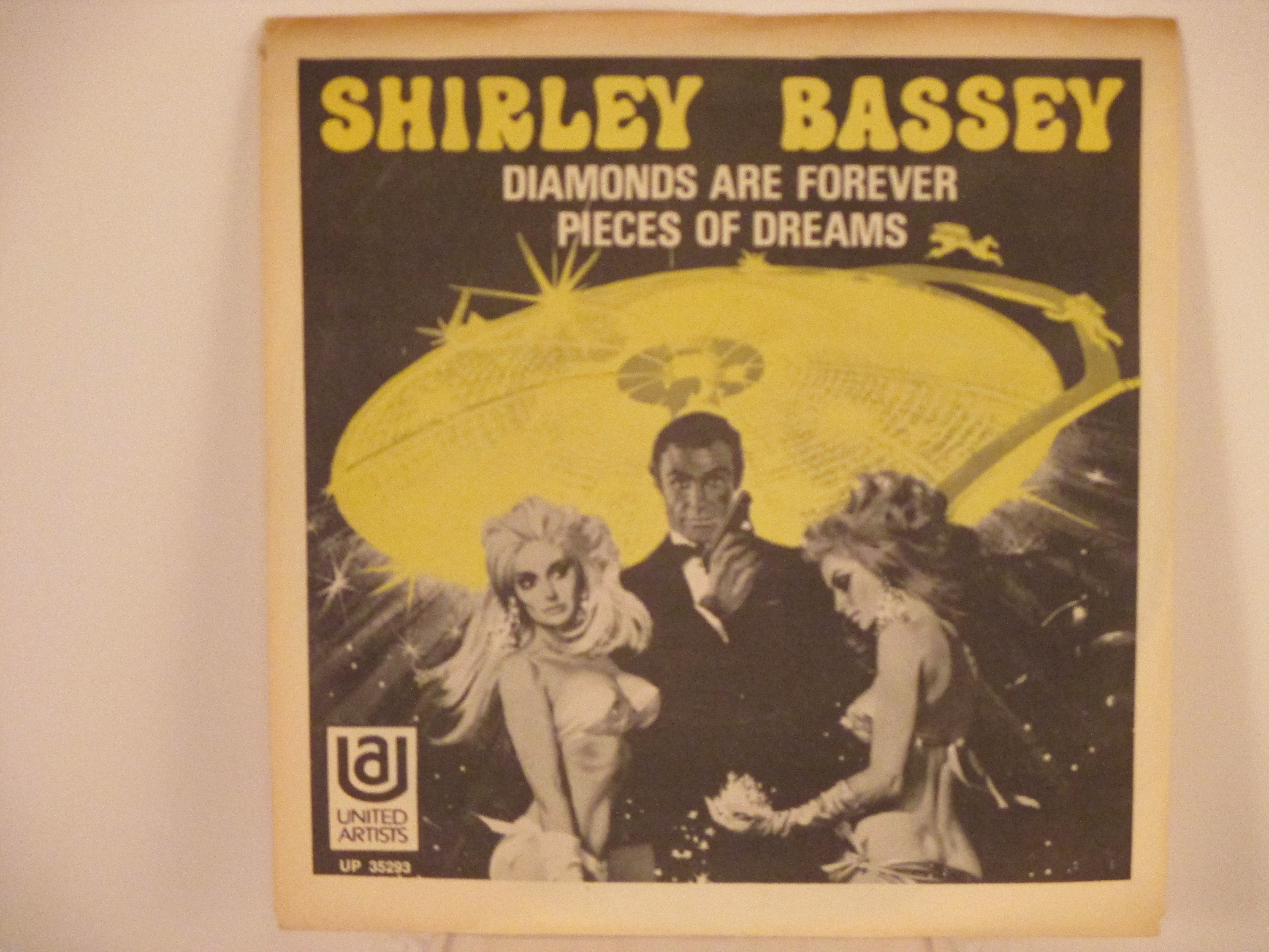 SHIRLEY BASSEY : Diamonds are forever / Pieces of dreams