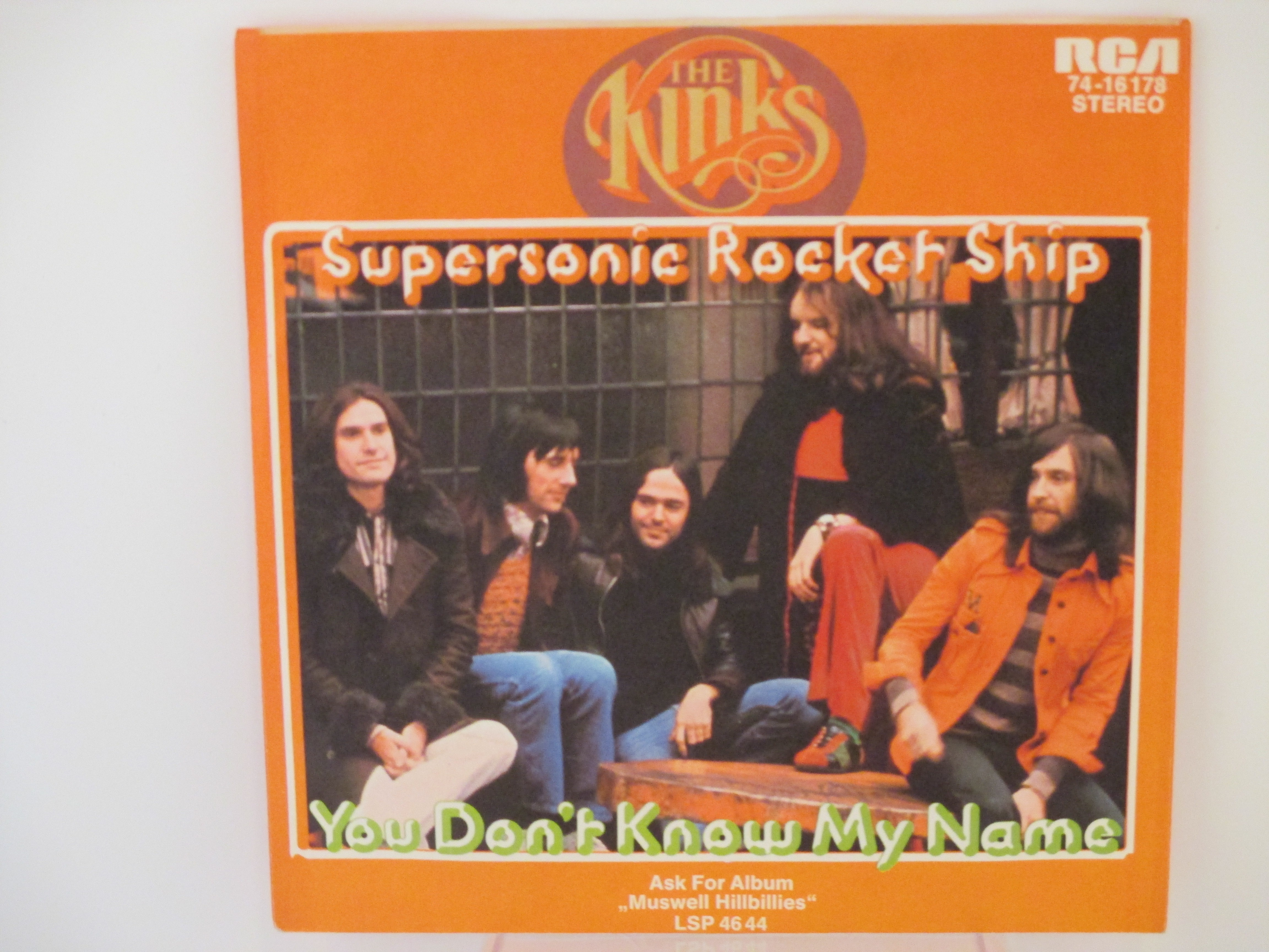 KINKS  Supersonic rocket ship / You don't know my name