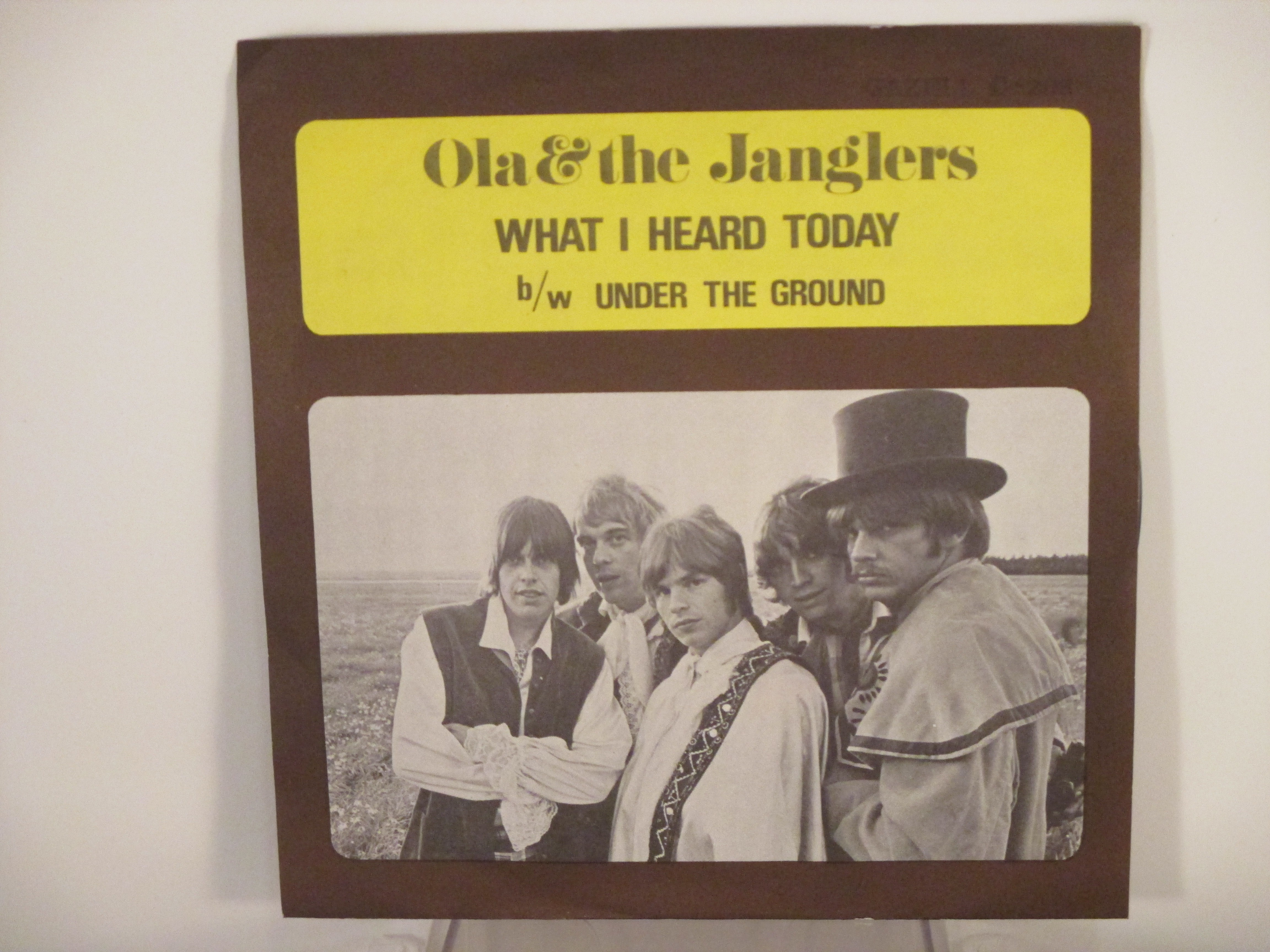 OLA & JANGLERS : What I heard today / Under the ground