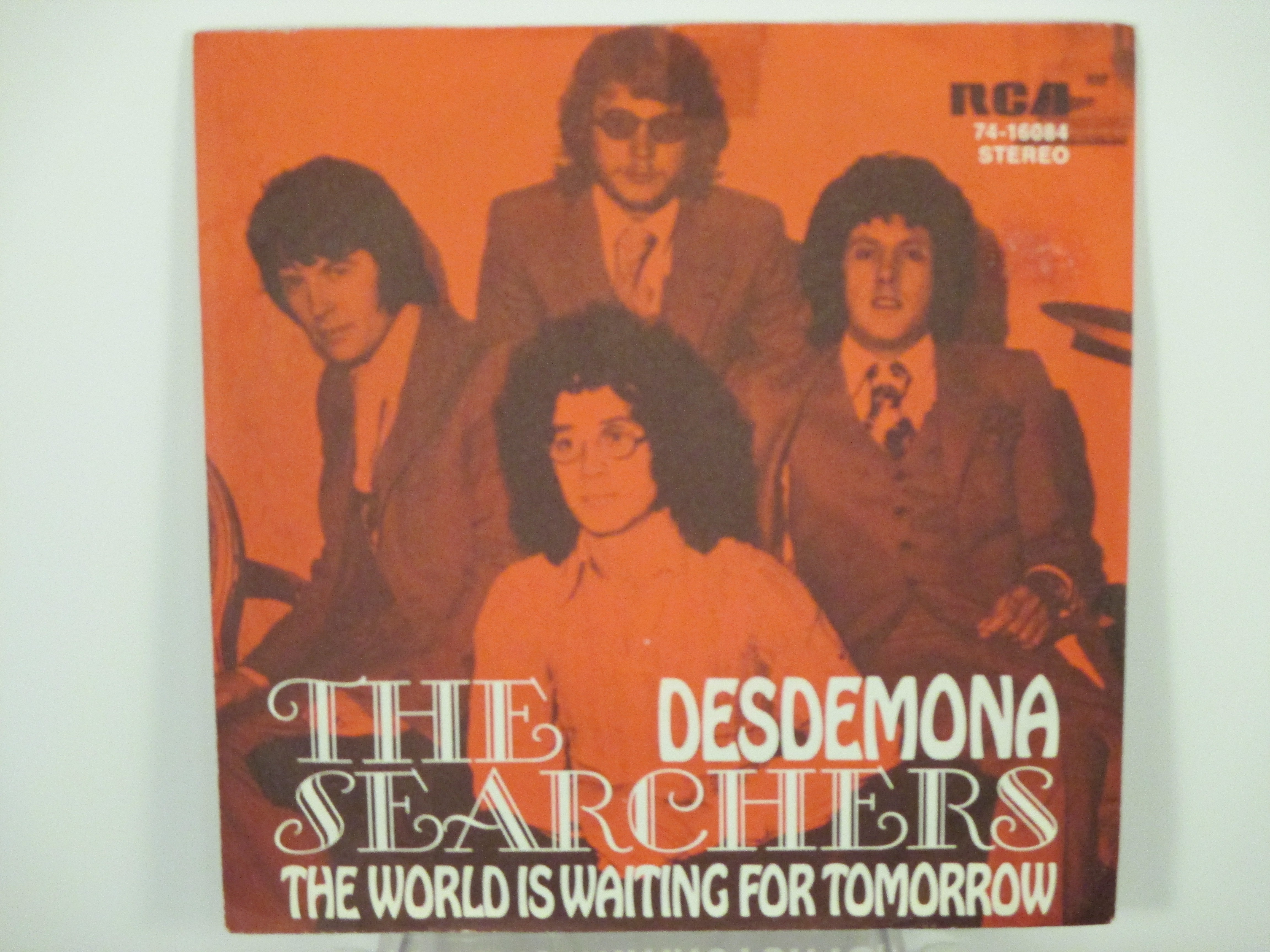 SEARCHERS : Desdemona / The world is waiting for tomorrow