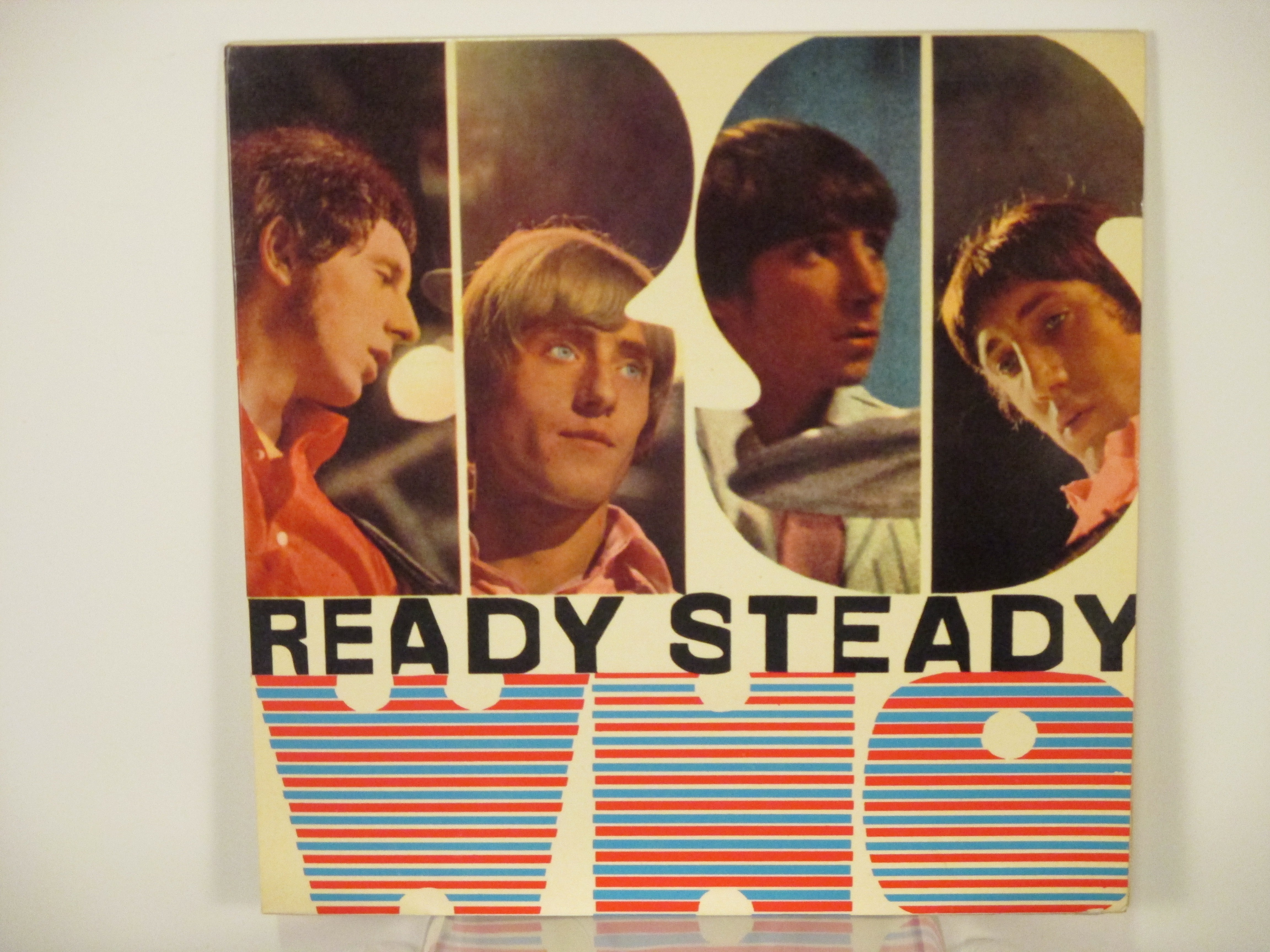 """WHO  The  : (EP) """"Ready steady Who"""" Disguises / Circles / Batman / Bucket """"T"""" / Barbara Ann"""