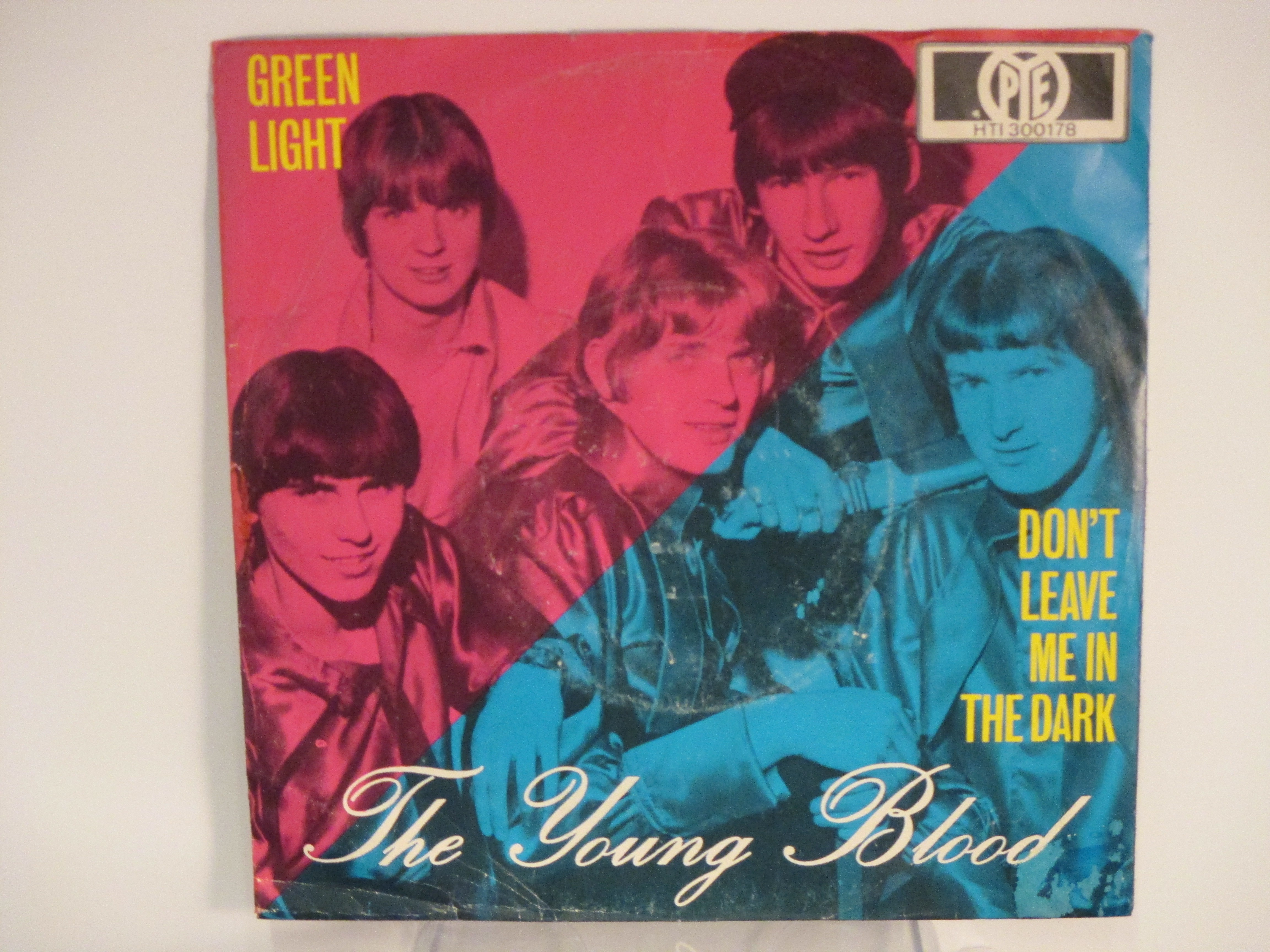 YOUNG BLOOD (with COZY POWELL) : Green light / Don't leave me in the dark