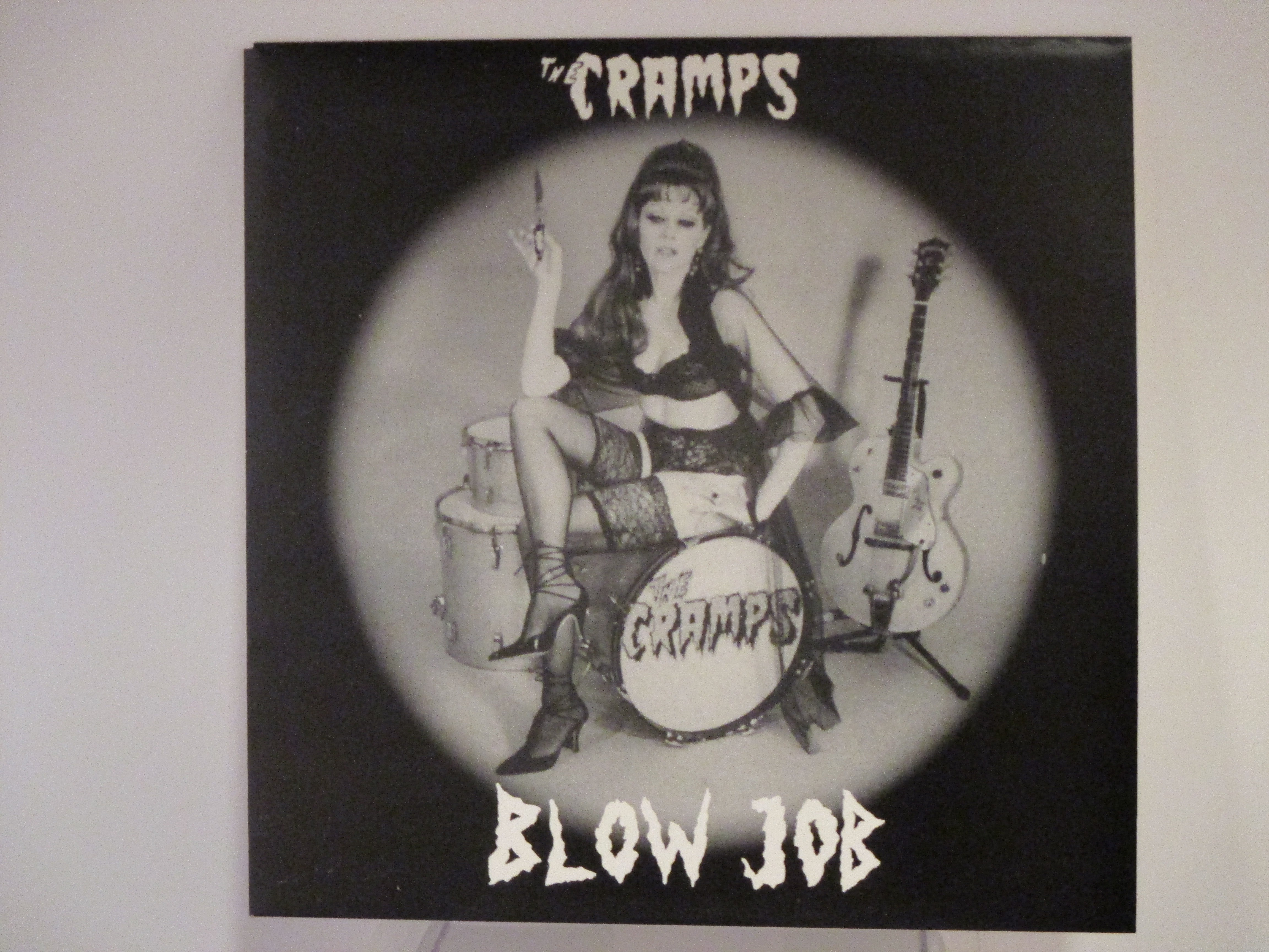 """CRAMPS : (EP)  """"Blowjob"""" : Do the clam / Love me / Blue moon baby / Cornfed dames"""