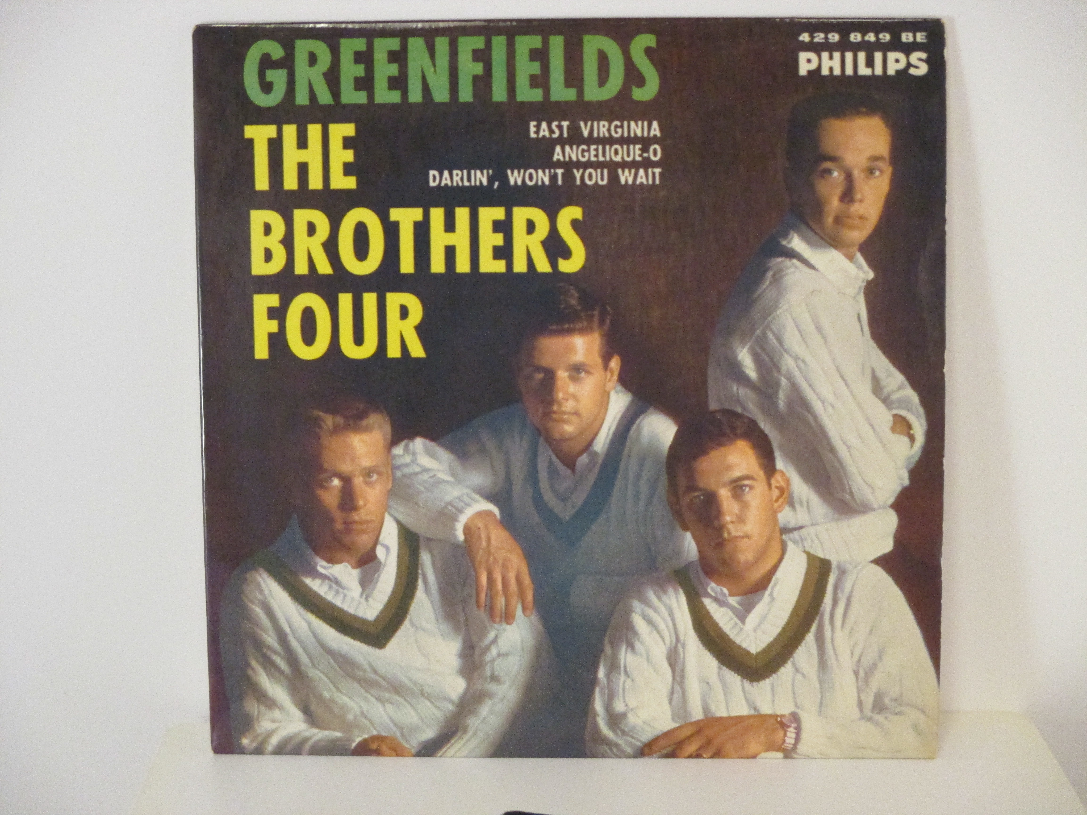 BROTHERS FOUR : (EP) Greenfields / East Virginia / Angelique-O / Darlin' / Won't you wait