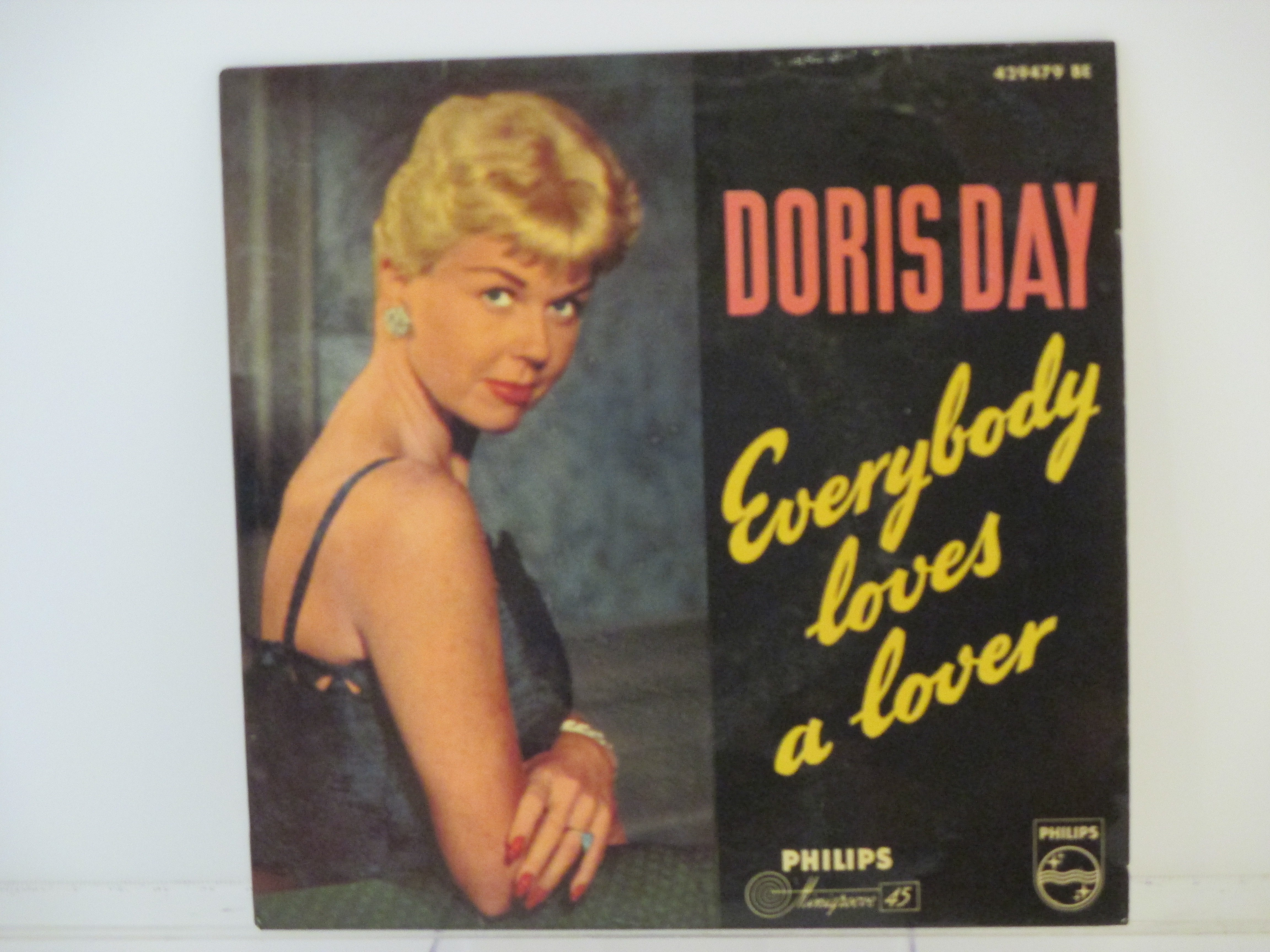DORIS DAY : (EP) Everybody loves a lover / Chalk line / Instant love / Whad' ja put in that kiss