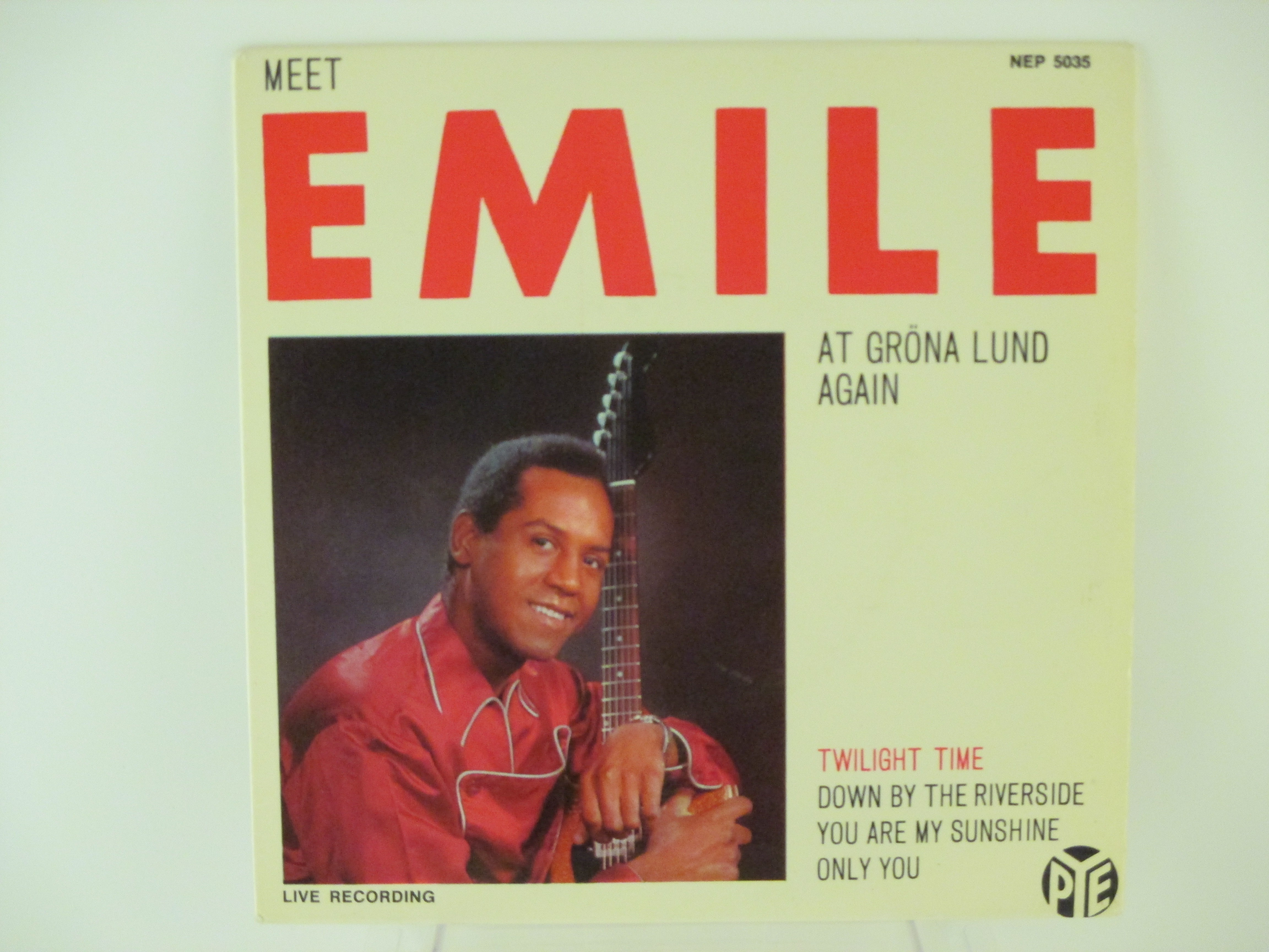 EMILE FORD : (EP) Twilight time / Down by the riverside / You are my sunshine / Only you