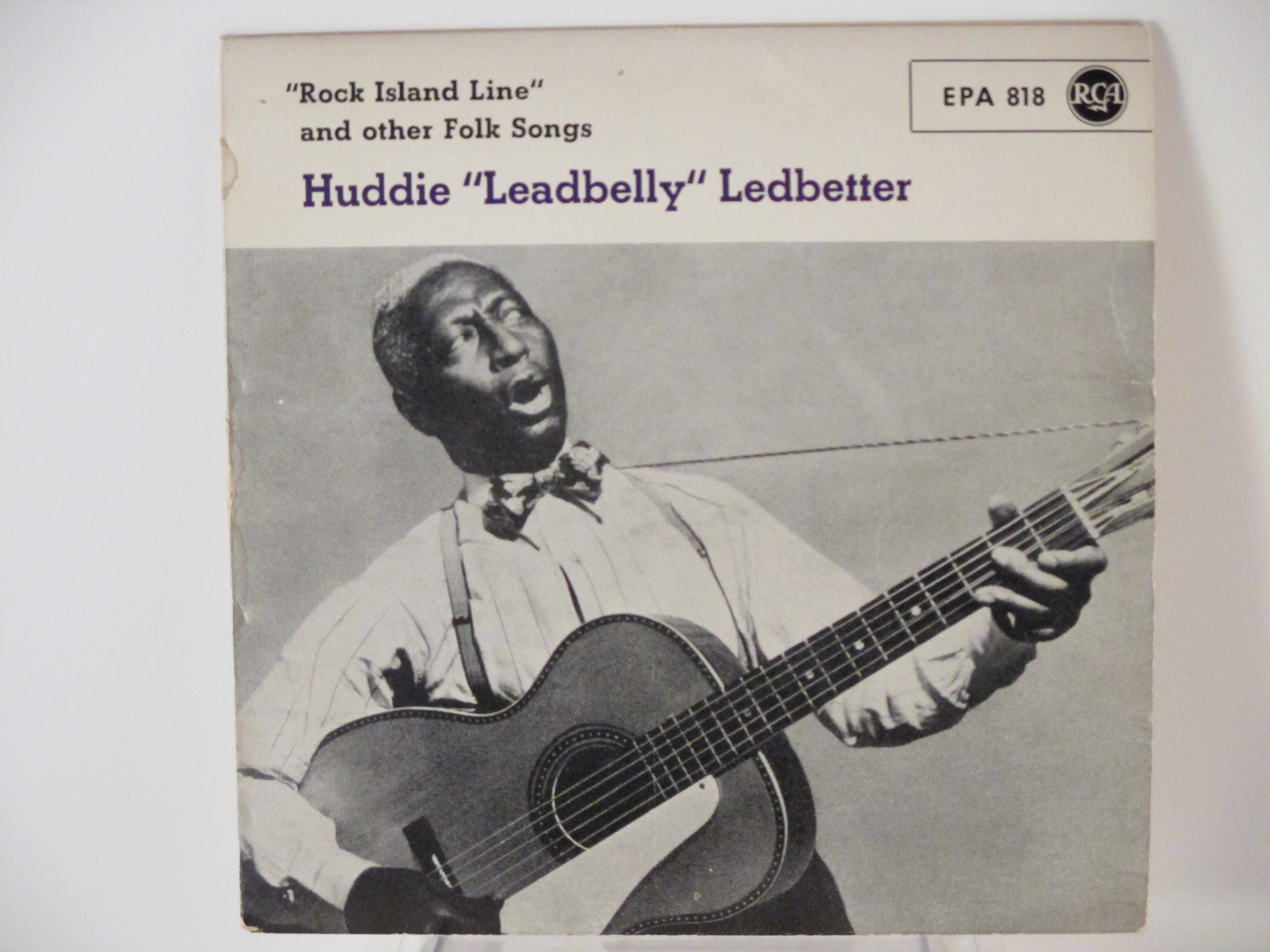 """HUDDIE """"LEADBELLY"""" LEDBETTER : (EP) Rock island line / Take this hammer / The red cross store blues / I'm on my last go-round"""