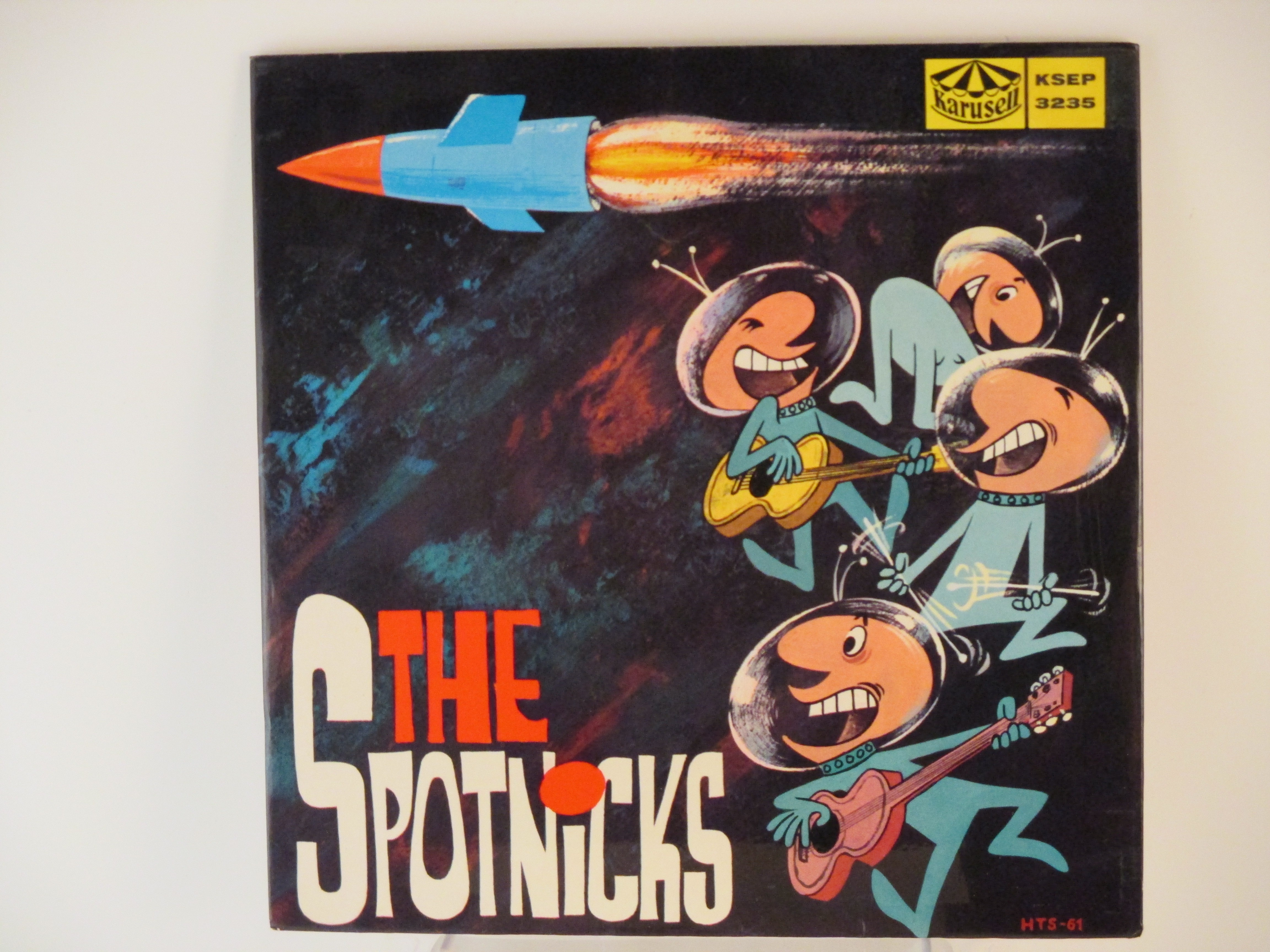 SPOTNICKS : (EP) The old spinning wheel / Ghosts riders in the sky / The Spotnicks' theme / Orange blossom special