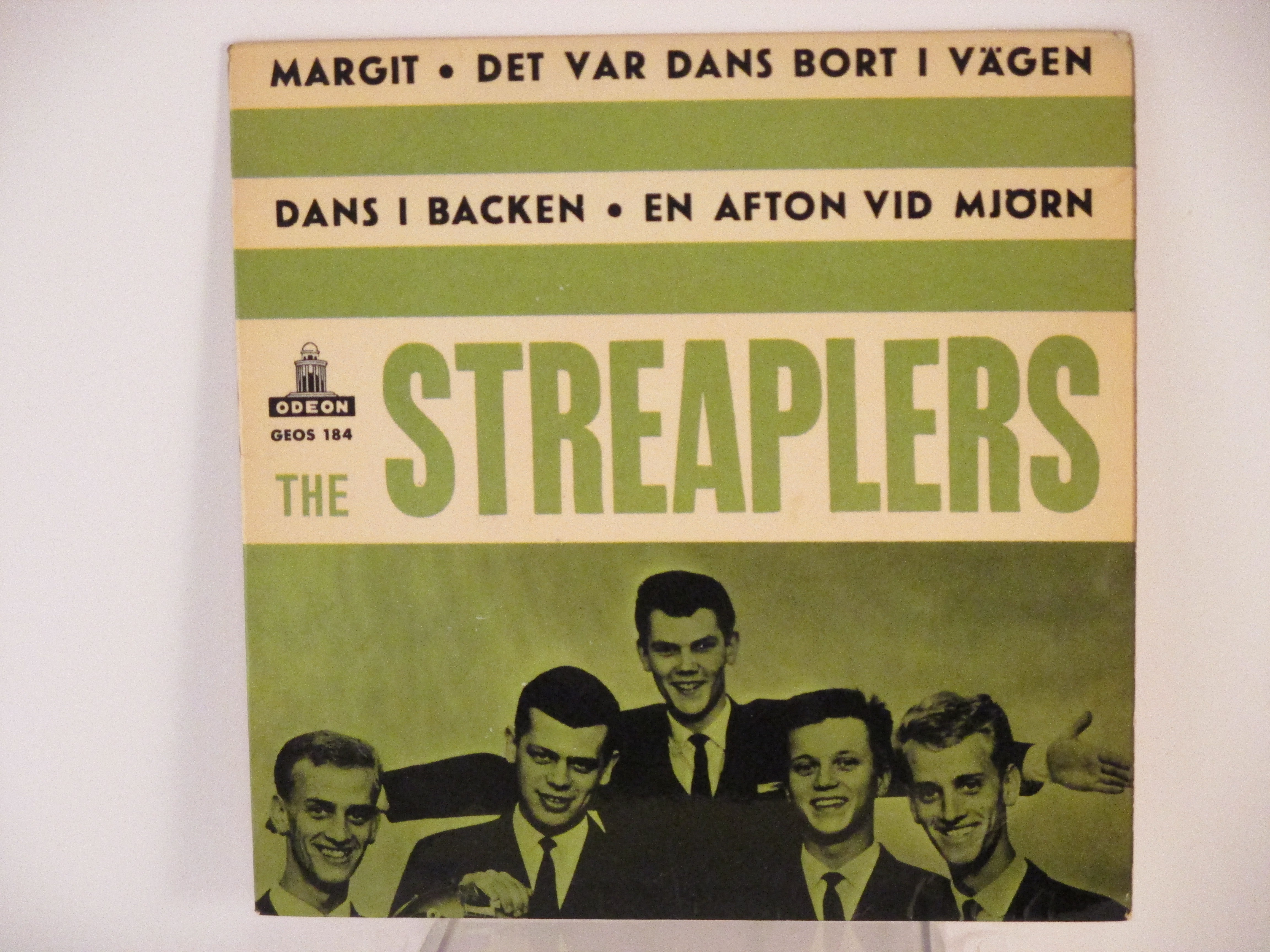 STREAPLERS : (EP) En afton vid Mjörn / Dans i backen / Margit / Det var dans bort i vägen