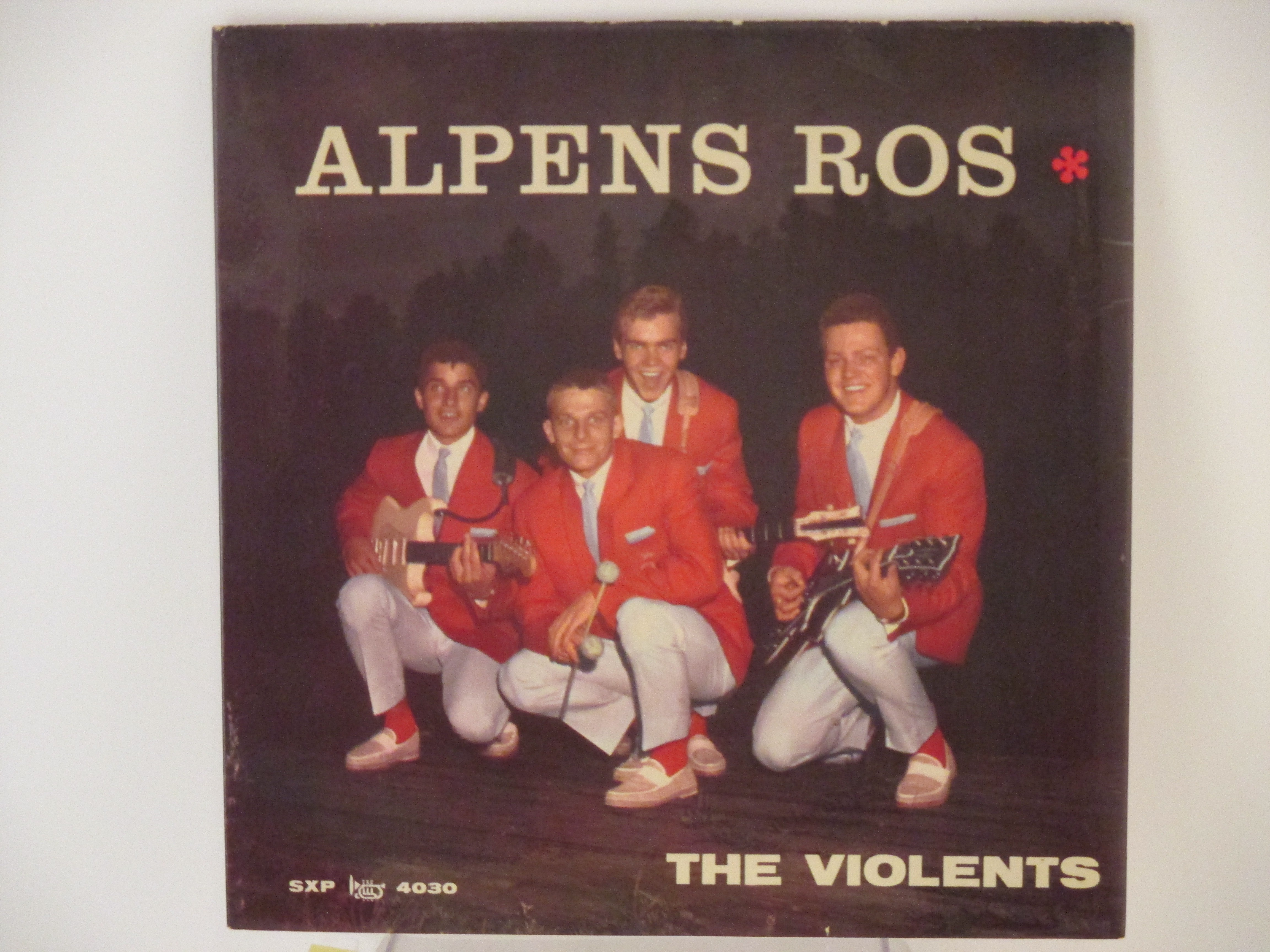 VIOLENTS : (EP) Alpens ros / Cindy, Oh Cindy / Monkey serenade / Moonlight walk