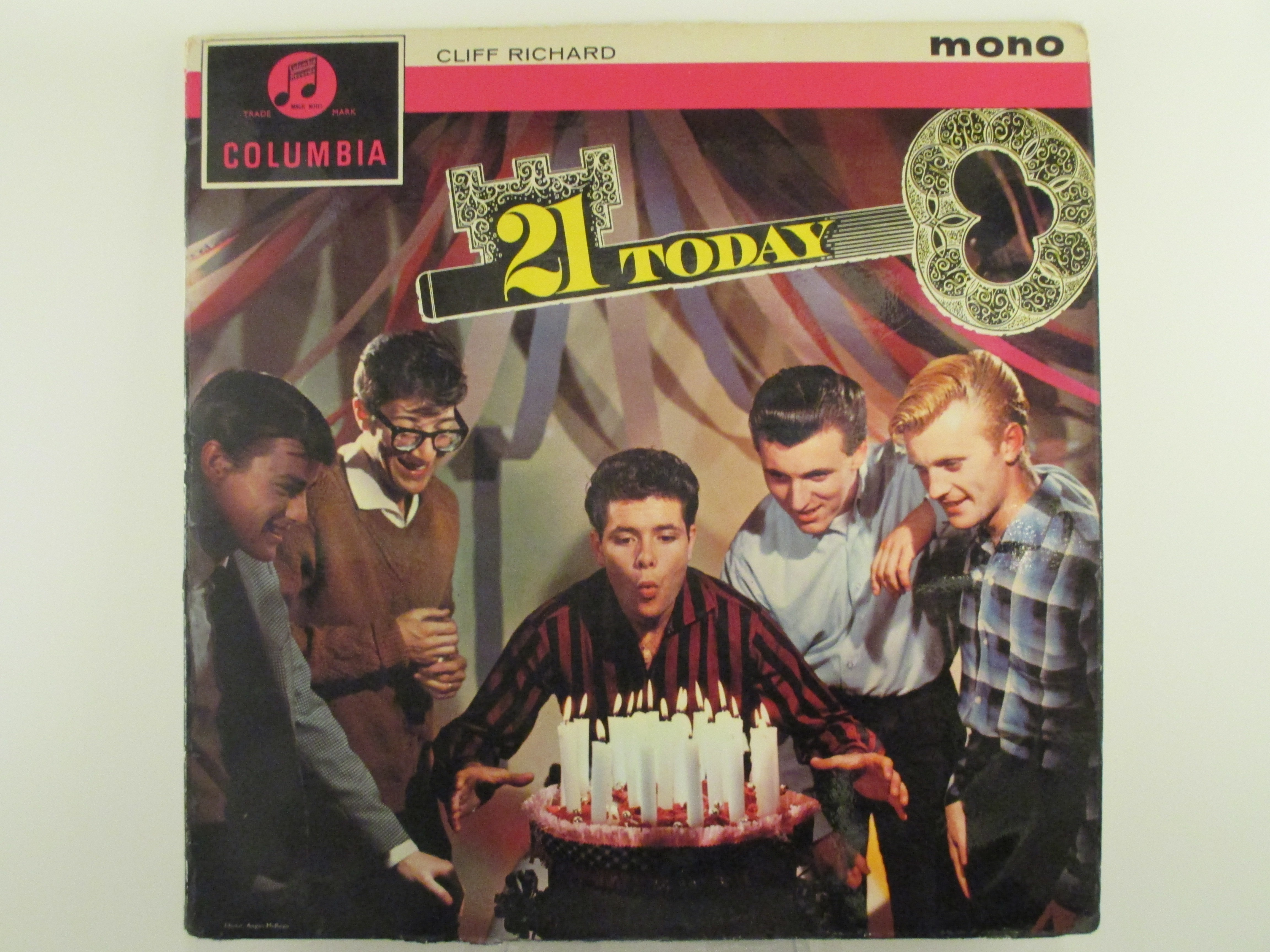 """CLIFF RICHARD : """"21 today"""""""