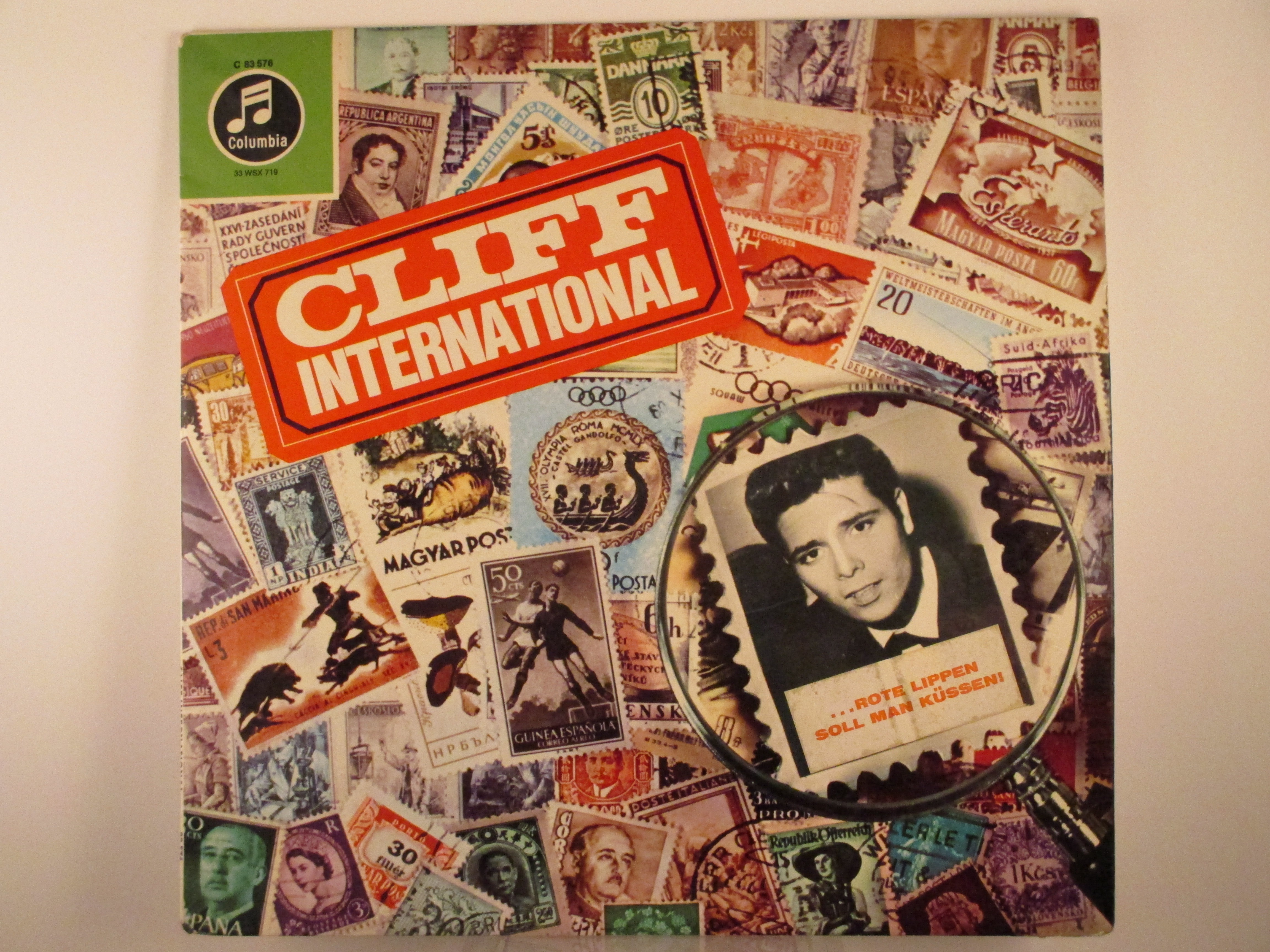 "CLIFF RICHARD : ""Cliff International"""