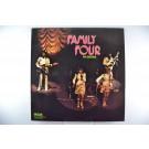 """FAMILY FOUR : """"Family Four på Berns"""""""
